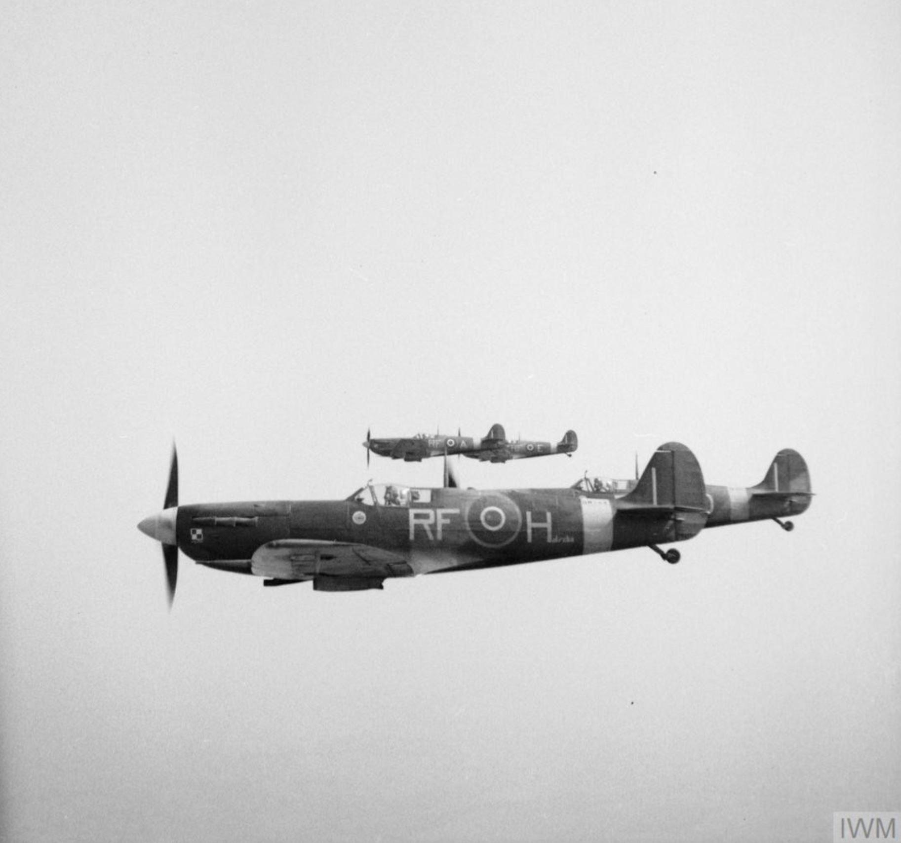 Spitfire MkVb RAF 303 Polish RFH BM144 Halszka escorting Gen Montgomery 17th May 1943 IWM 01