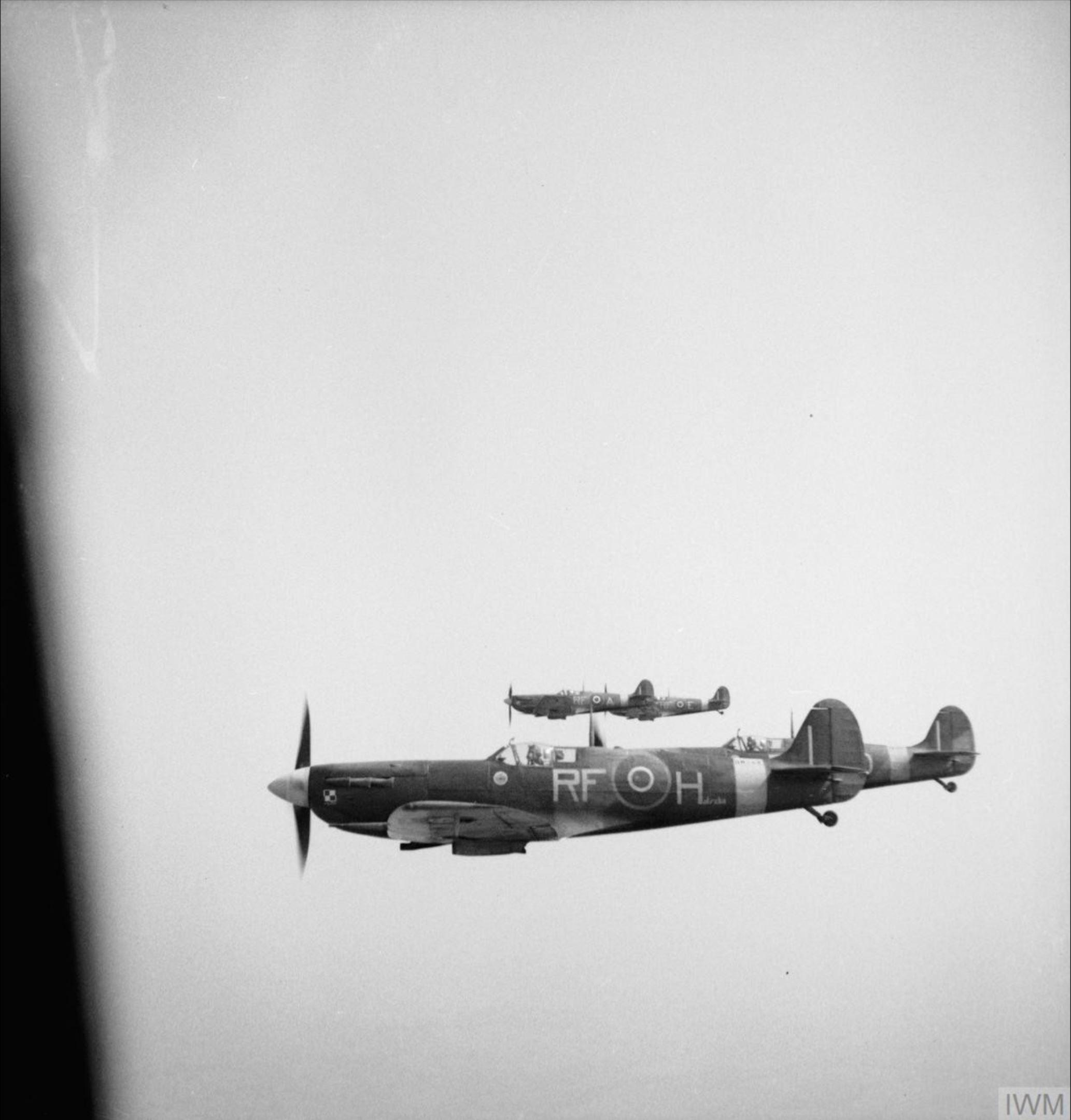 Spitfire MkVb RAF 303 Polish RFH BM144 escorting a B 17 carrying Montgomery 17th May 1943 IWM 01
