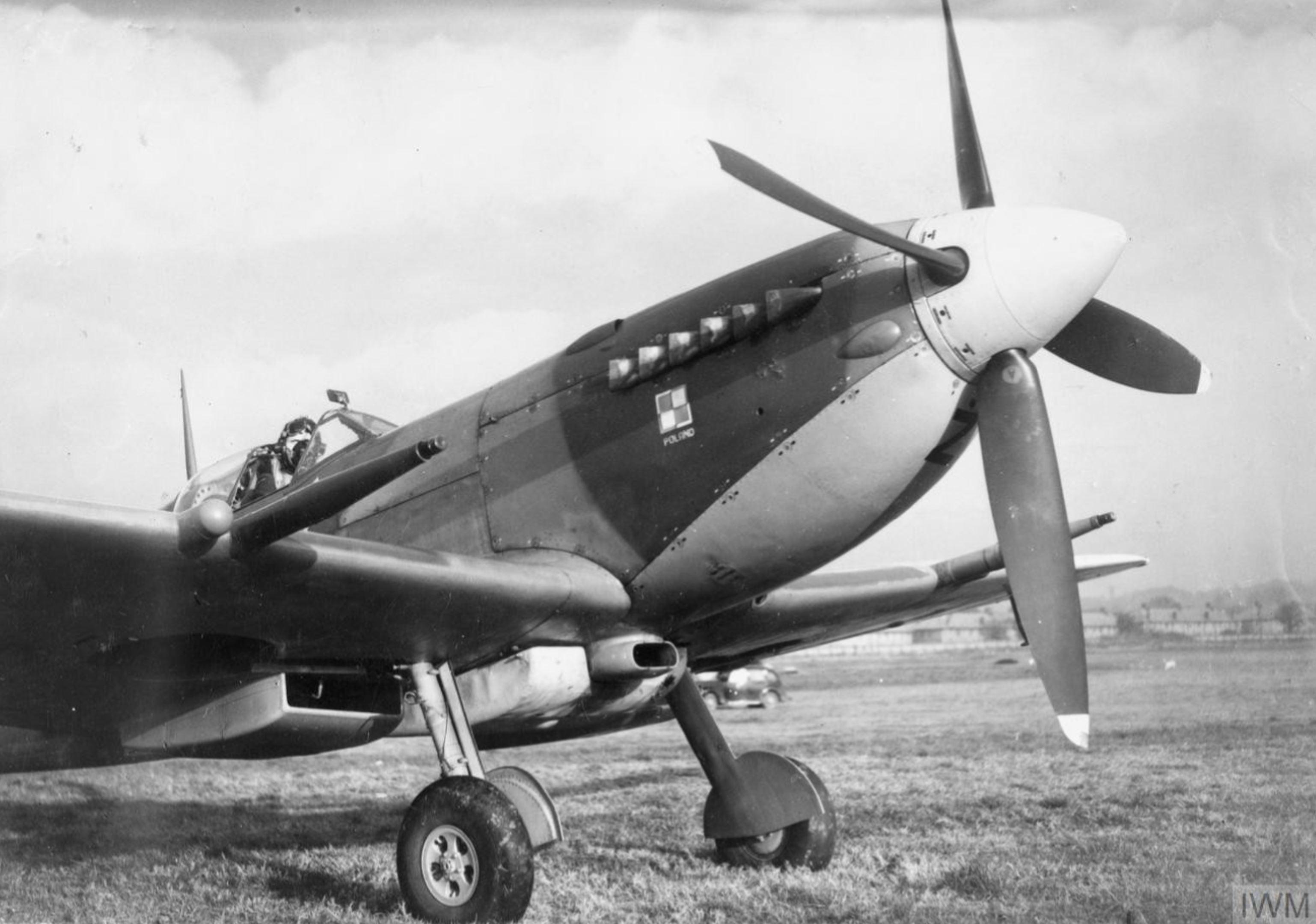 Spitfire MkIXc RAF 306Sqn UZZ Joseph Zulikowskiego BS456 Northolt England Nov 16 1942 IWM HU87411