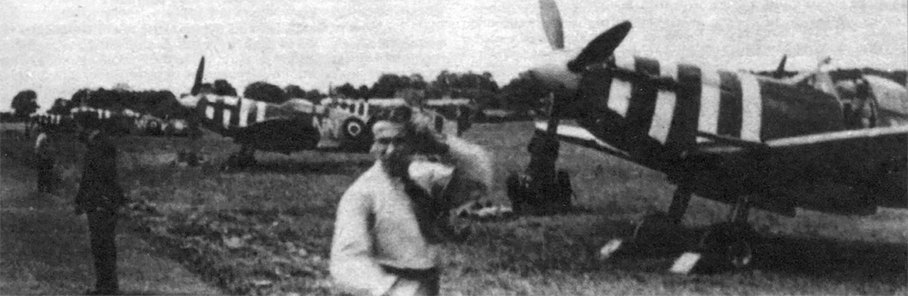 Spitfire MkVb RAF 310Sqn NN during the Dieppe landing England Aug 1942 Military Revue Sep 2013 P15