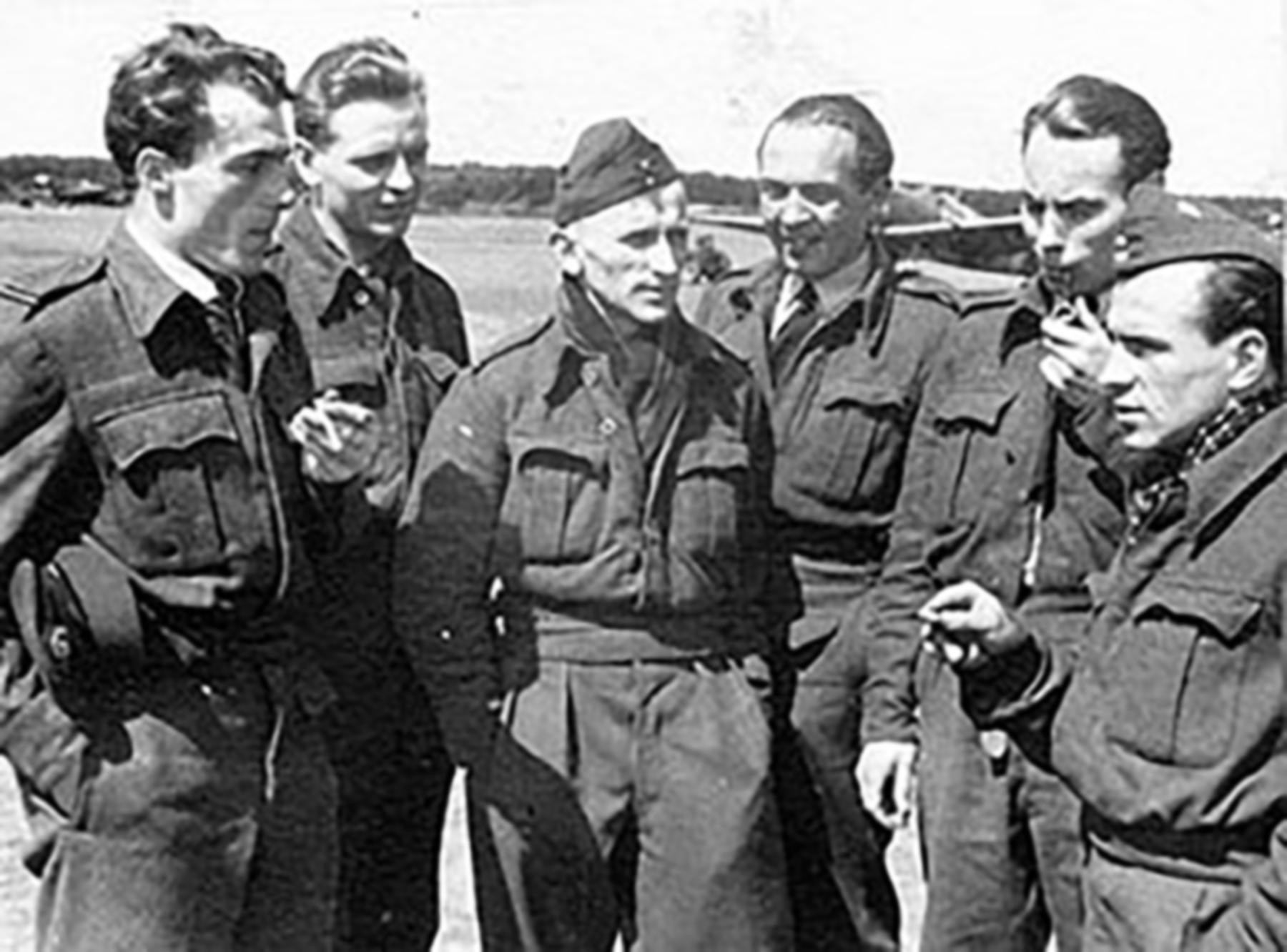 Aircrew RAF 315Sqn pilots Czeslaw Tarkowski 01