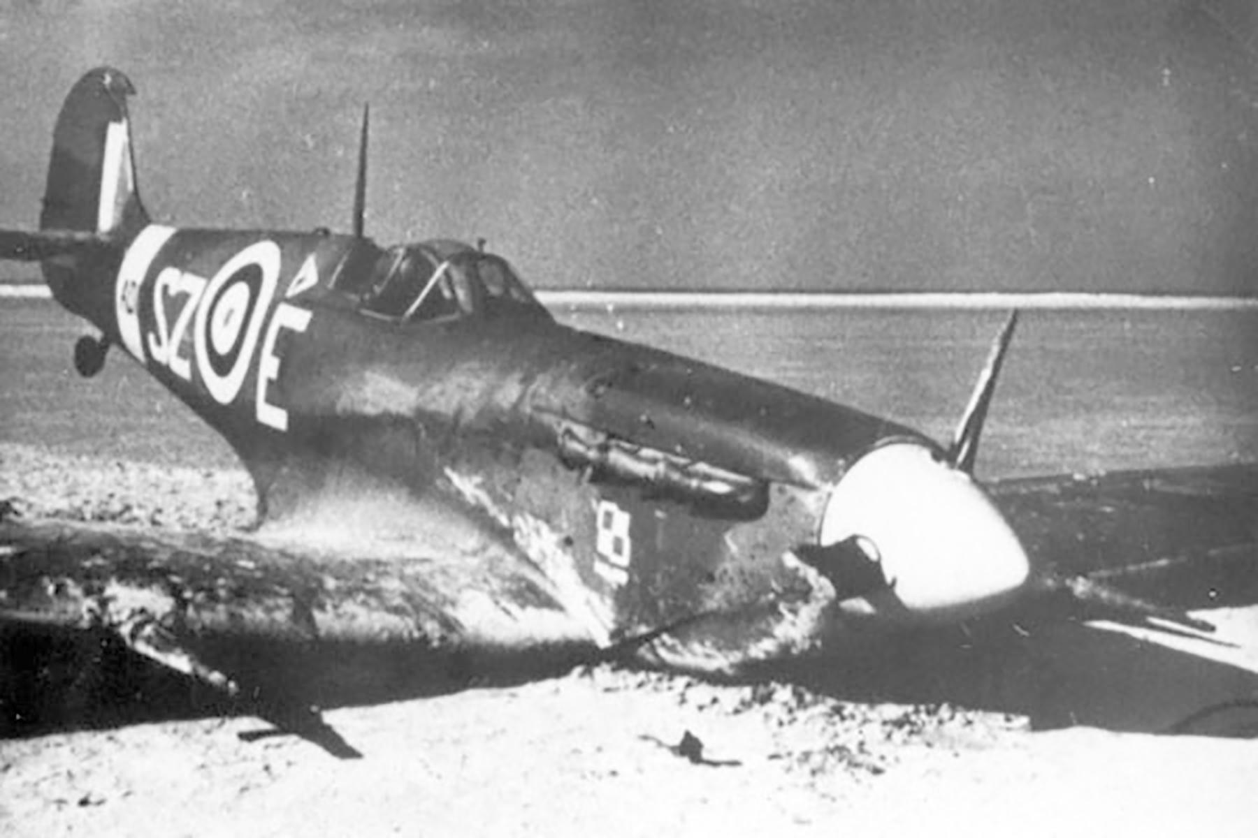 Spitfire MkV RAF 316Sqn SZE AD130 crash landed 02
