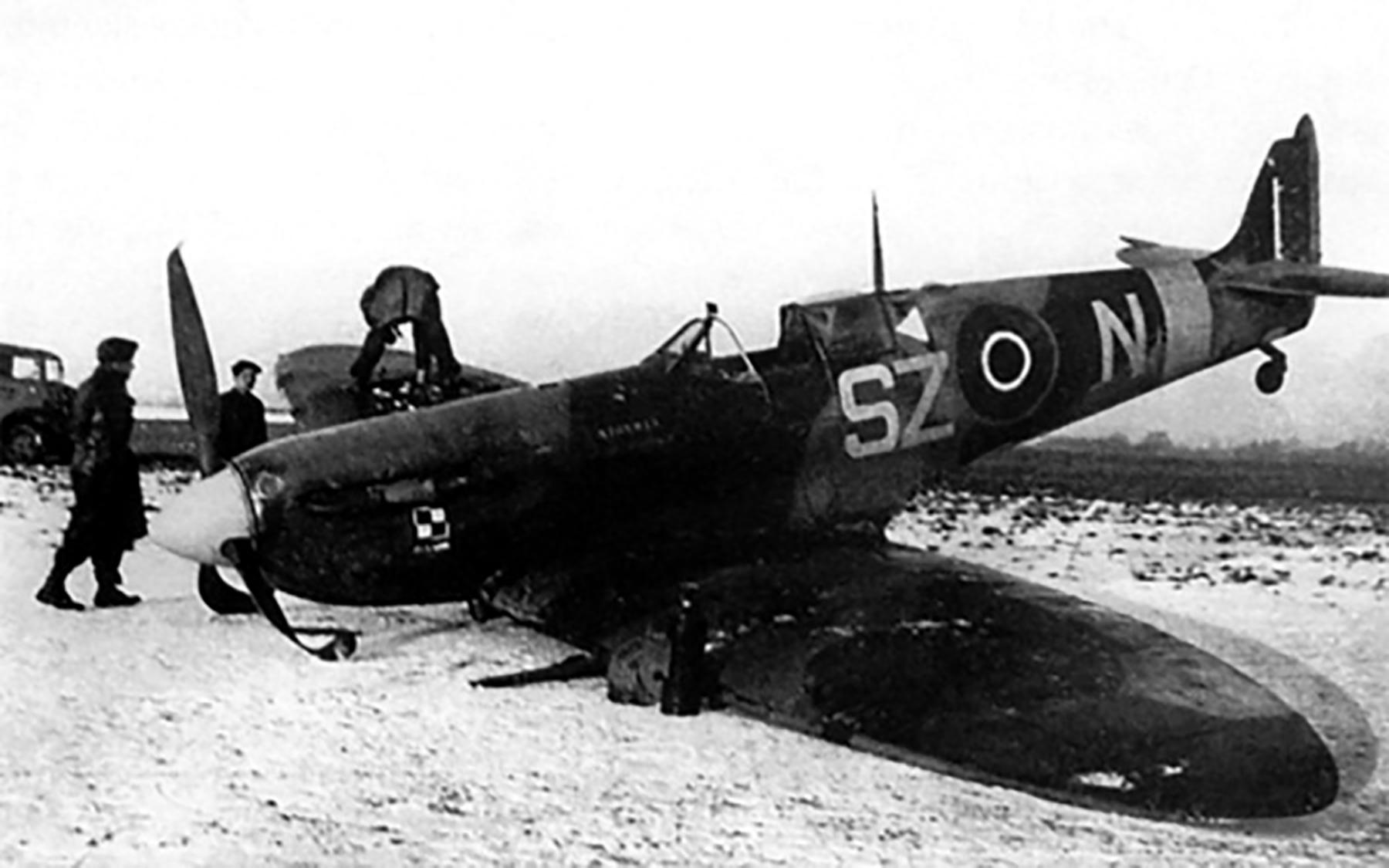 Spitfire RAF 316Sqn SZN Senior Sgt Stefan forced landed Jan 8 1943 01