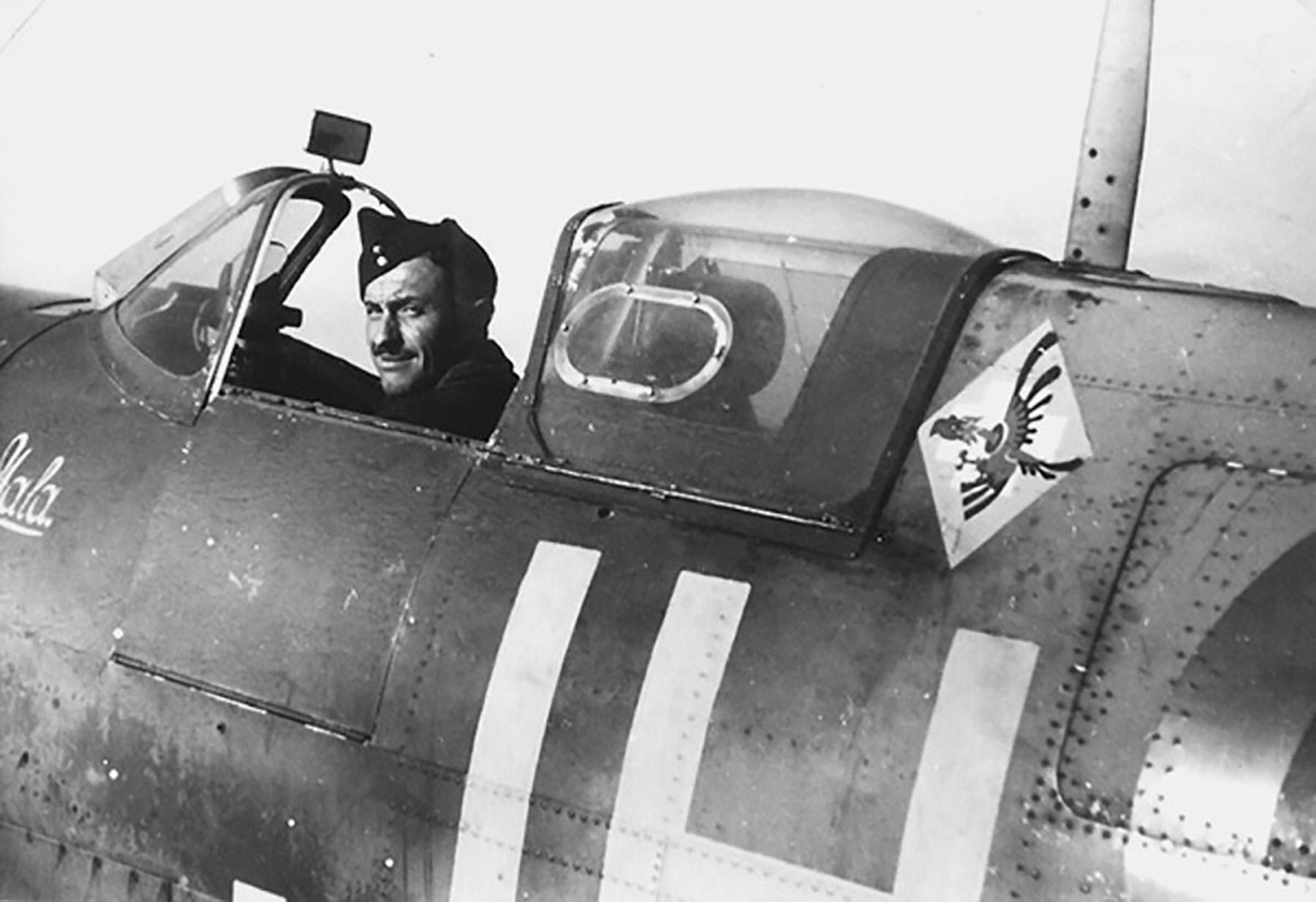 Spitfire MkVb RAF 317Sqn JHH PO Bochniak AD140 Northolt 02