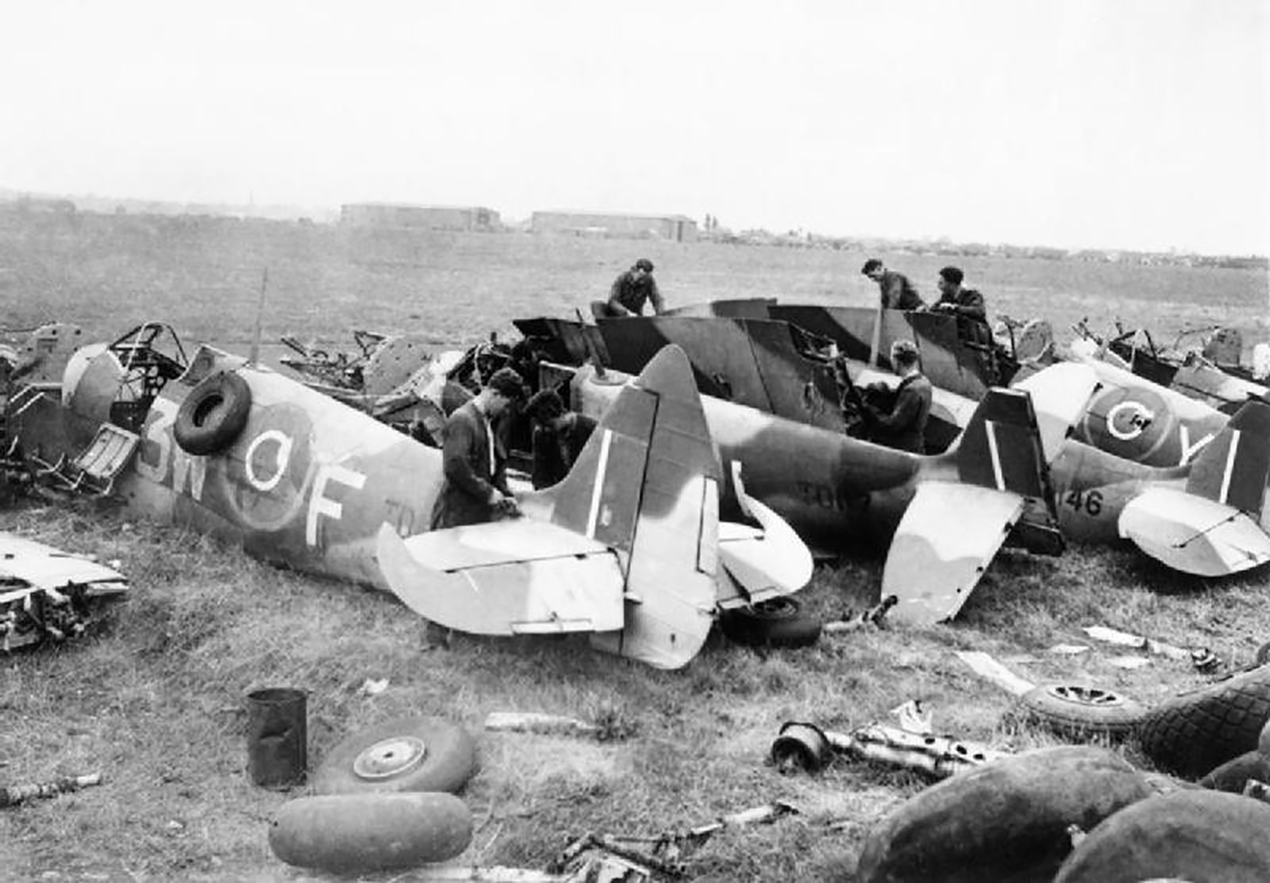 Spitfire LFXVI RAF 322Sqn 3WF TDxxx scrapped 01