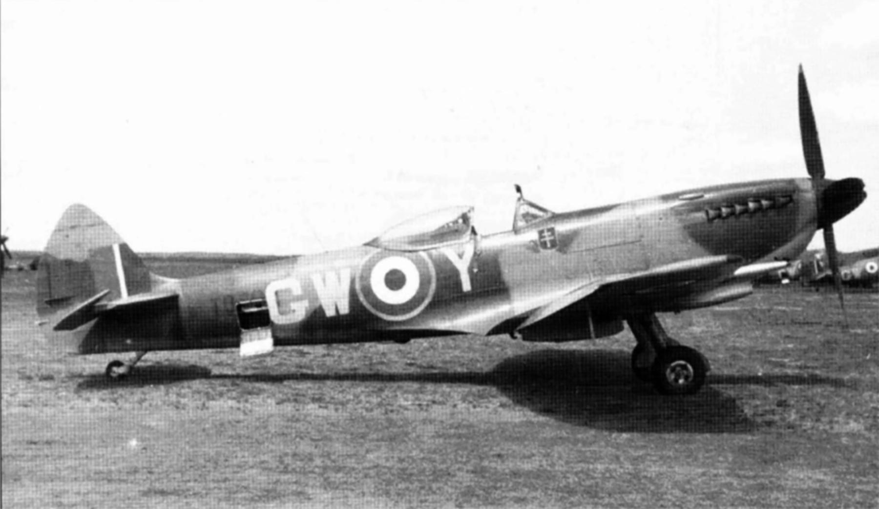 Spitfire LFXVI RAF 340Sqn GC4.2 GWY TB702 Linge Drope Germany 1945 01