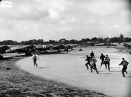 Asisbiz Spitfire MkVb RAF 340Sqn GW during the Dieppe landing Hornchurch 19th Aug 1942 IWM 03