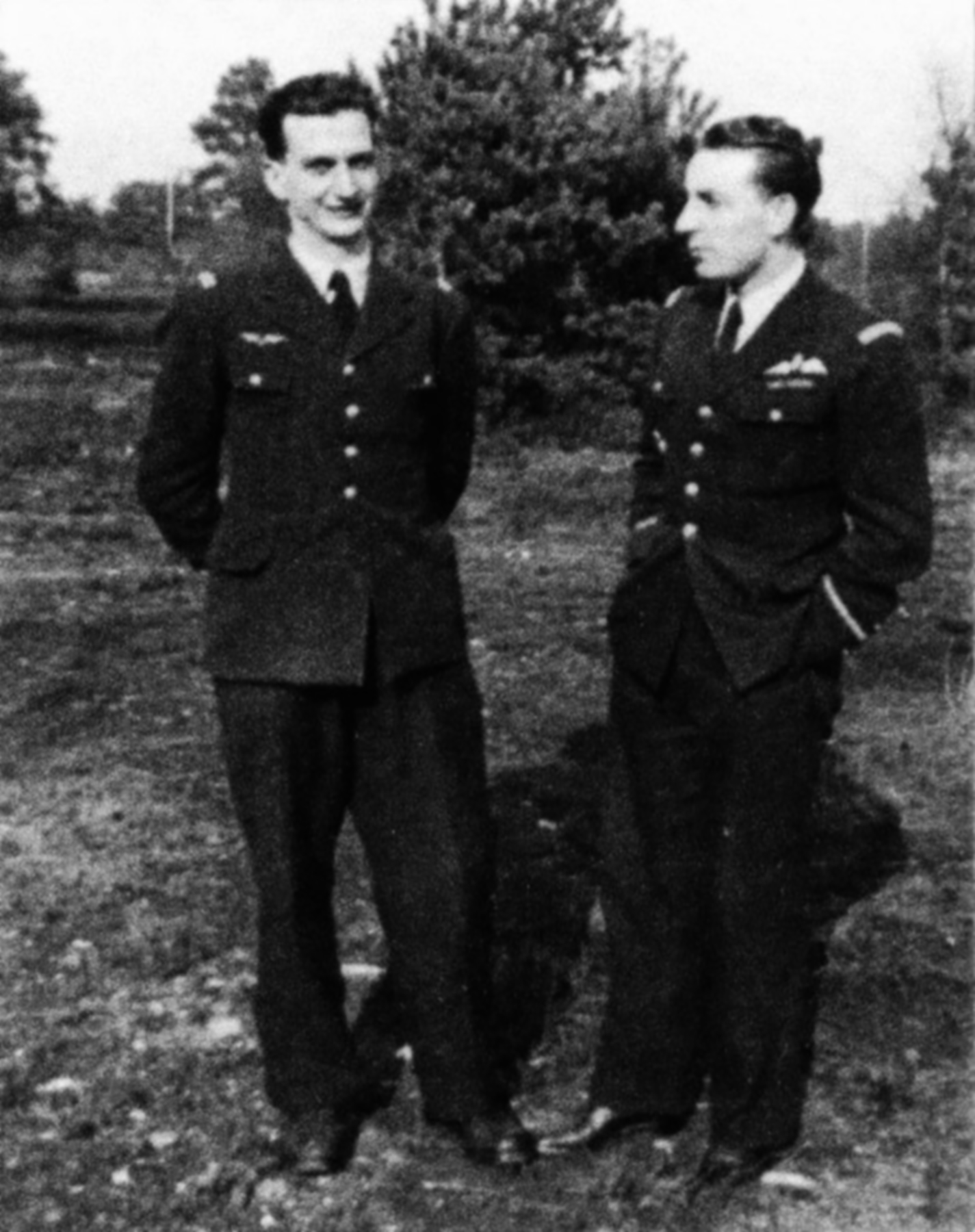 Aircrew RAF 341Sqn and 340Sqn Rene Molinari and Pierre Borudy Sep 1944 01