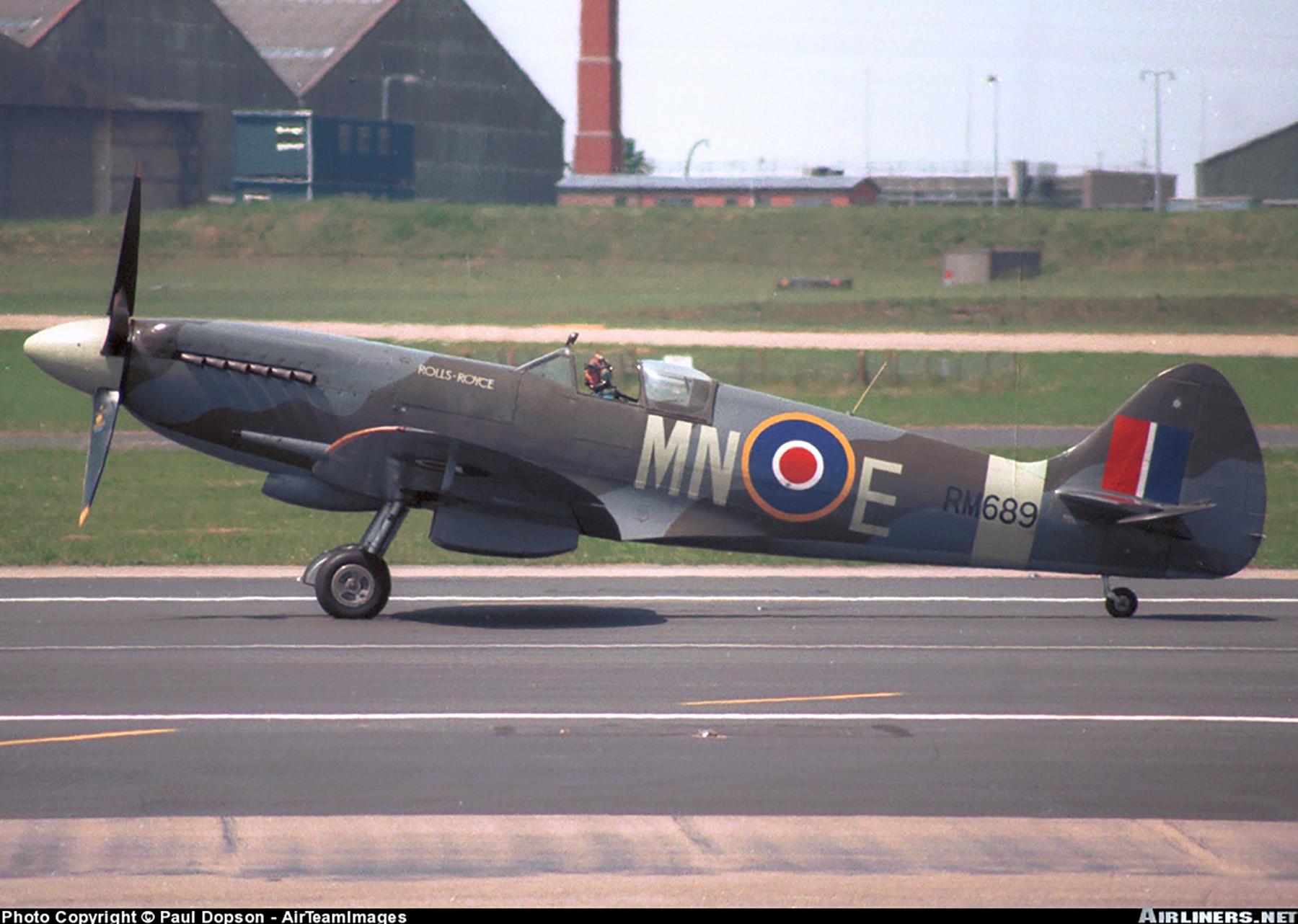 Airworthy Spitfire warbird XIVe RAF 350Sqn MNE RM689 01