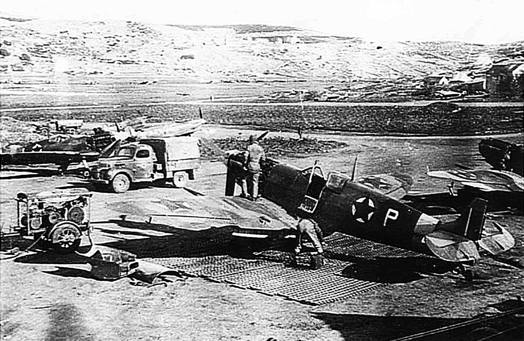 Spitfire MkVcTrop RAF 352Sqn P Yugoslavia Dec 1944 04