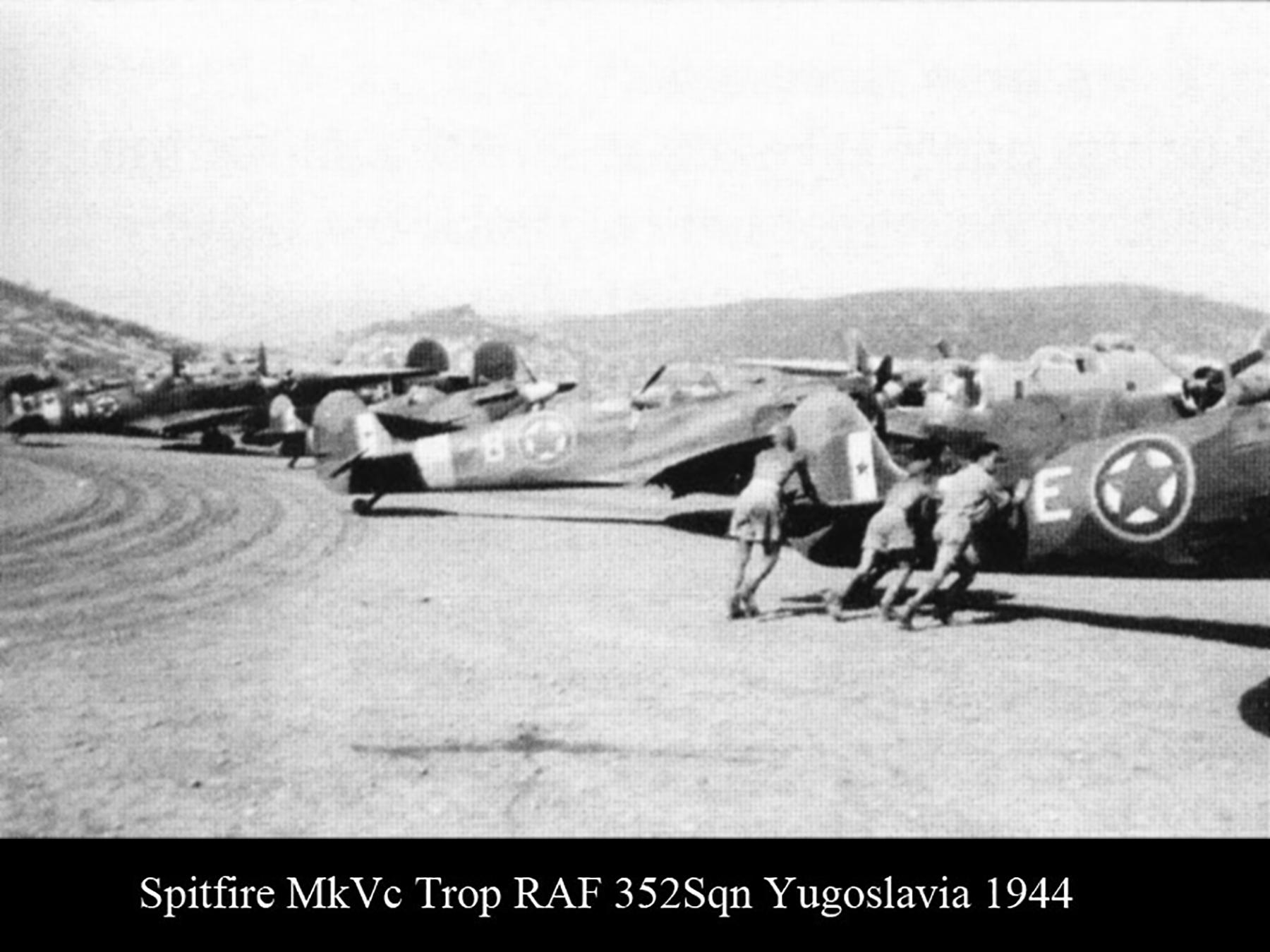 Spitfire MkVcTrop RAF 352Sqn Yugoslavia 1944 01