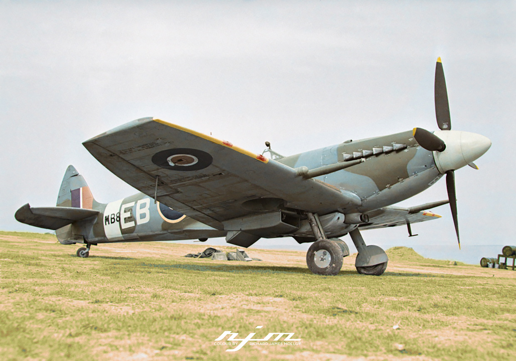 Spitfire XII RAF 41Sqn EBB Don Smith MB882 at Friston Sussex 1943 02