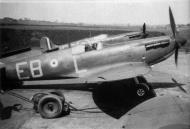 Asisbiz Spitfire MkIa RAF 41Sqn EBL N3126 flown by Ted Shipman Catterick England 1939 02