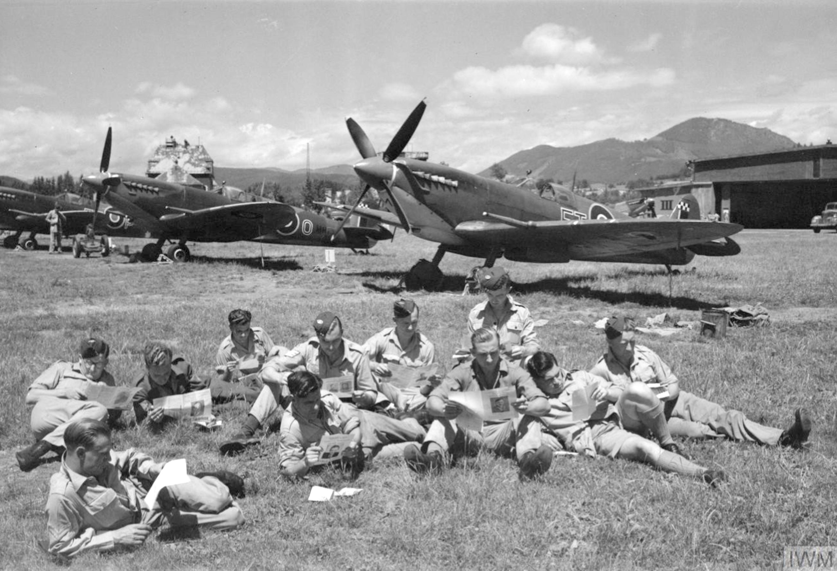 Spitfire MkIX RAF 43Sqn FTM and FTO at Klagenfurt 1945 IWM CL2983
