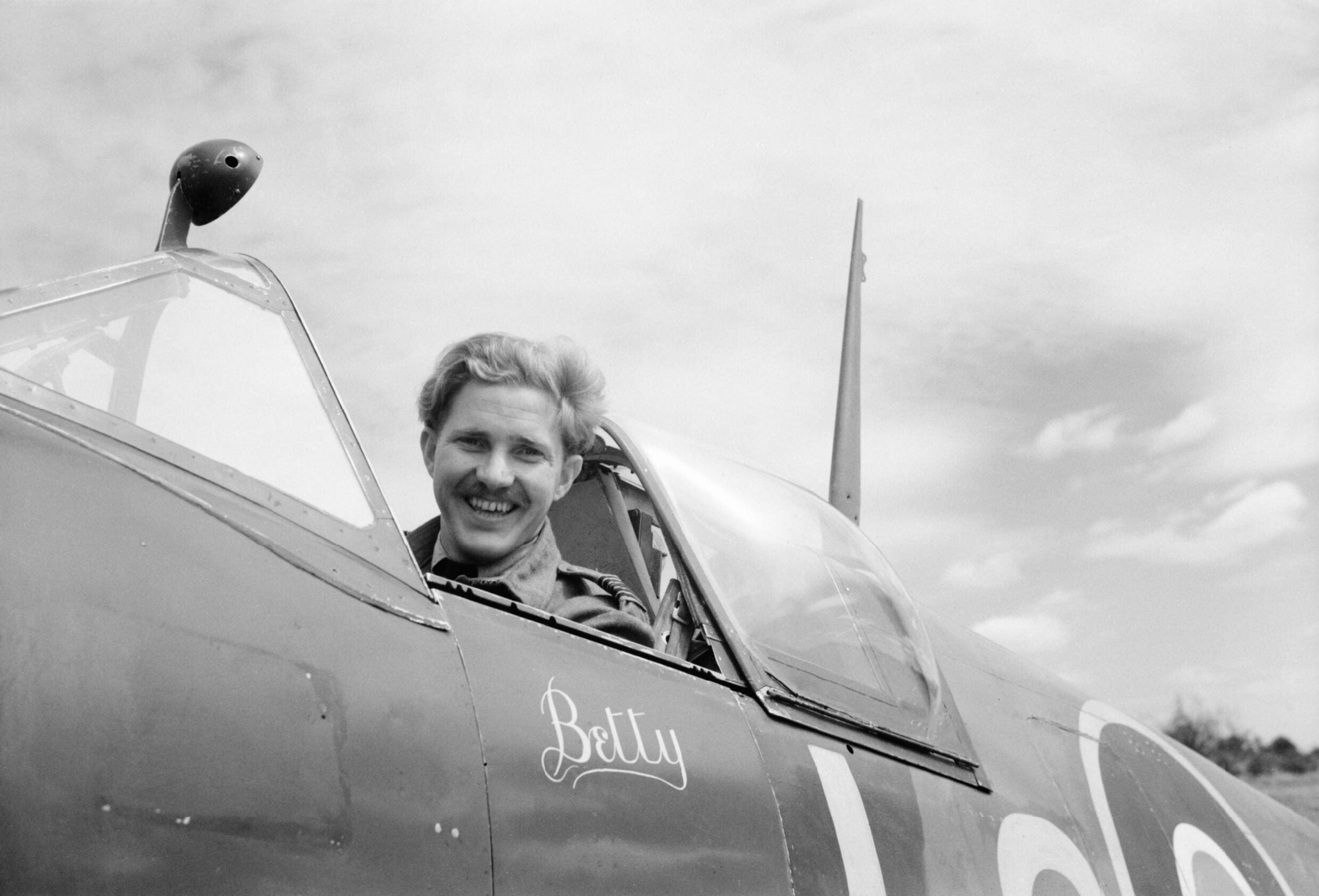 Spitfire MkIX RAF 602Sqn Betty Sqn Ldr JJ Le Roux C0 at B11 Longues Normandy IWM CL784