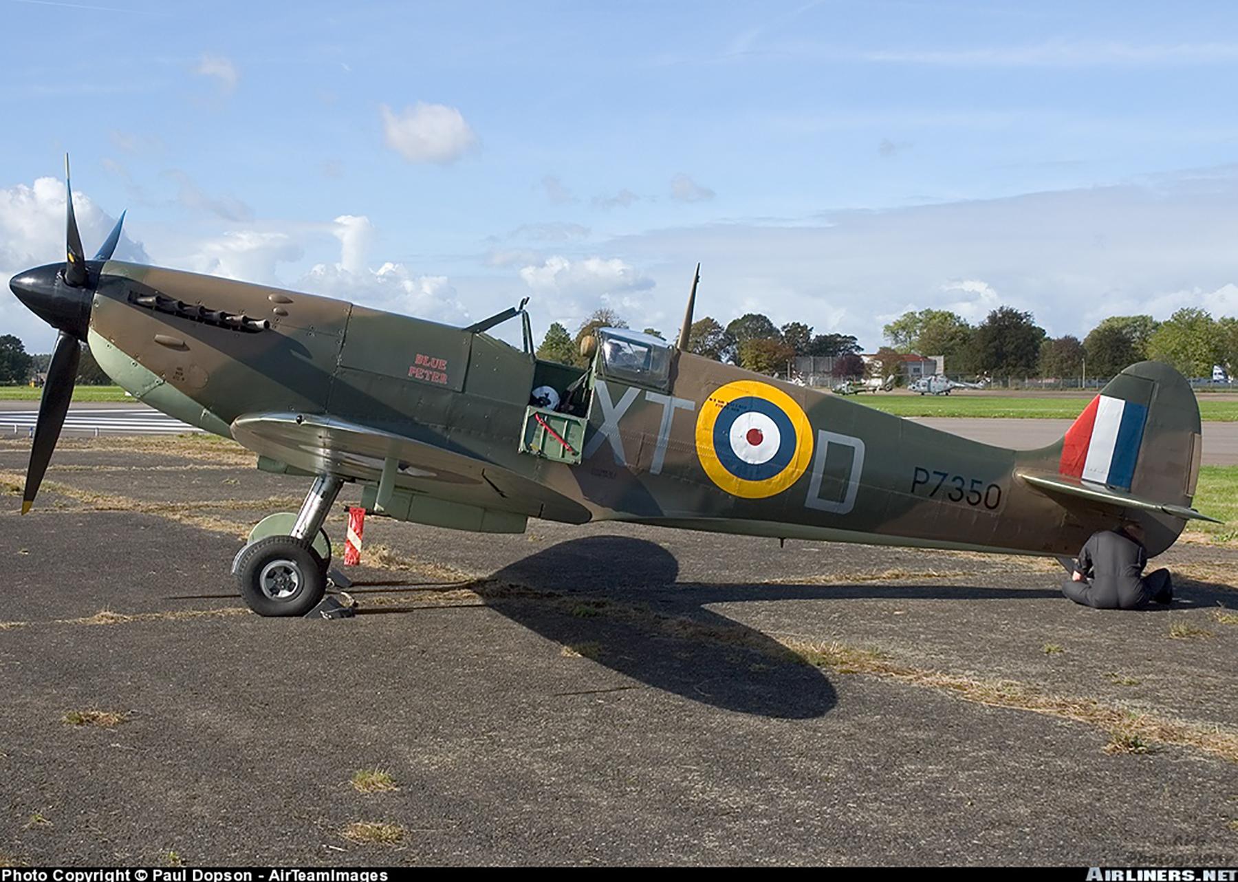 Airworthy Spitfire warbird RAF 603Sqn XTD P7350 04