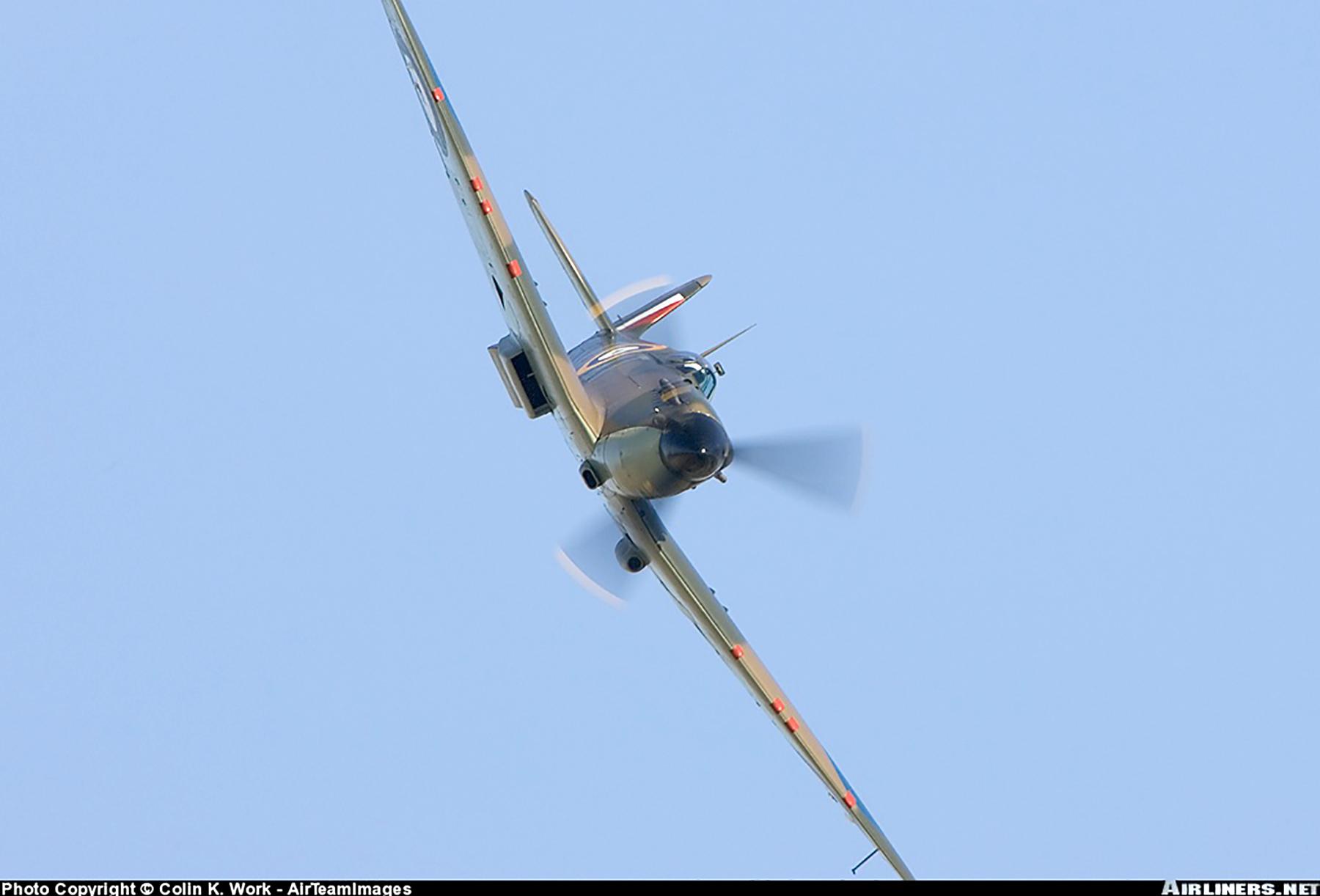 Airworthy Spitfire warbird RAF 603Sqn XTD P7350 05