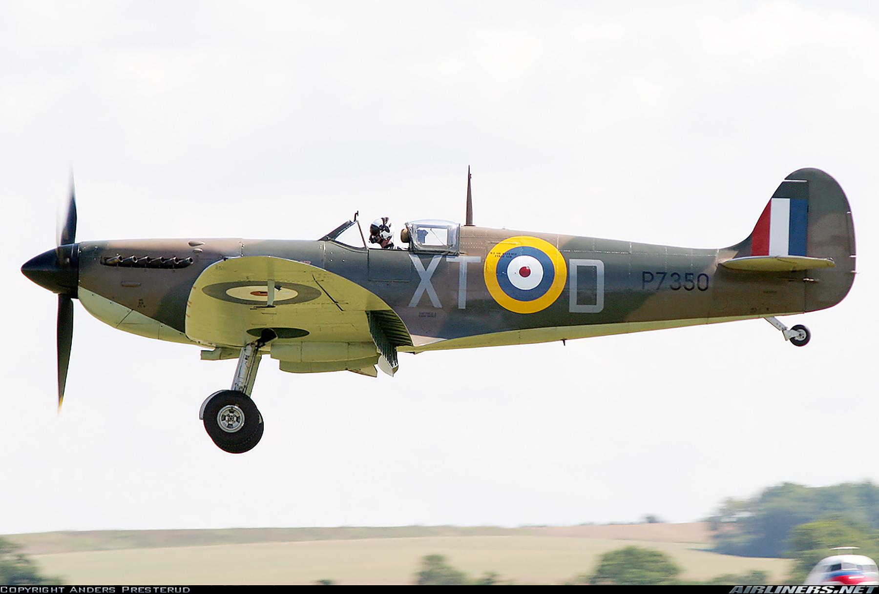 Airworthy Spitfire warbird RAF 603Sqn XTD P7350 10