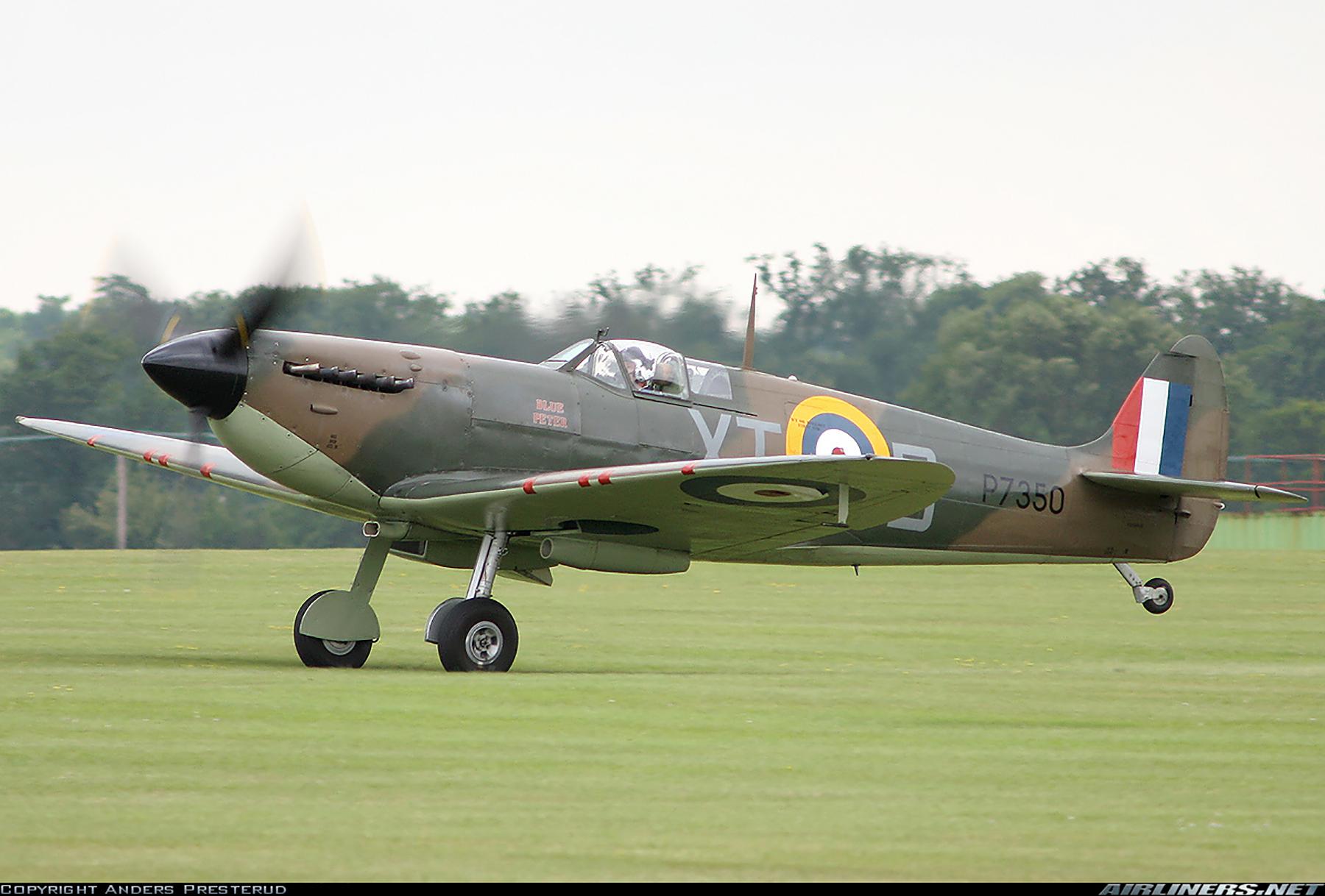 Airworthy Spitfire warbird RAF 603Sqn XTD P7350 11