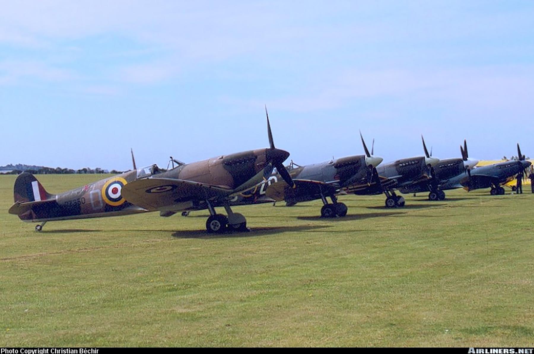 Airworthy Spitfire warbird RAF 603Sqn XTD P7350 14