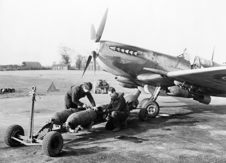 Spitfire MkIX RAF 603Sqn XT at Ludham Mar 1945 IWM CH14808
