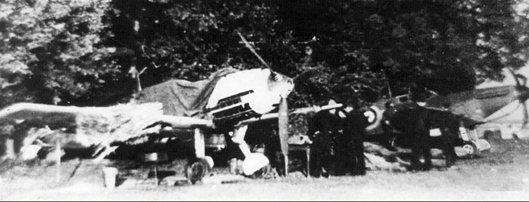 Spitfire MkIa 603Sqn XTD X4260 in enemy hands Calais Sep 1940 01