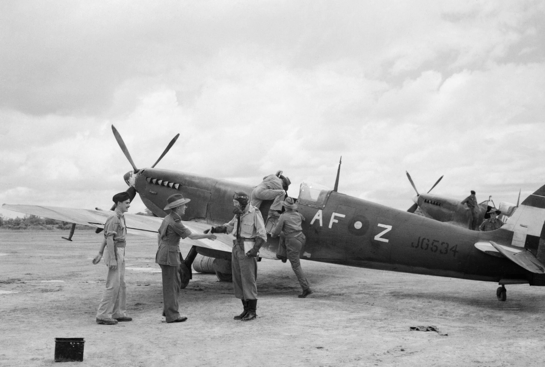 Spitfire MkVIII RAF 607Sqn AFZ JG354 at Mingaladon Burma IWM CI1565