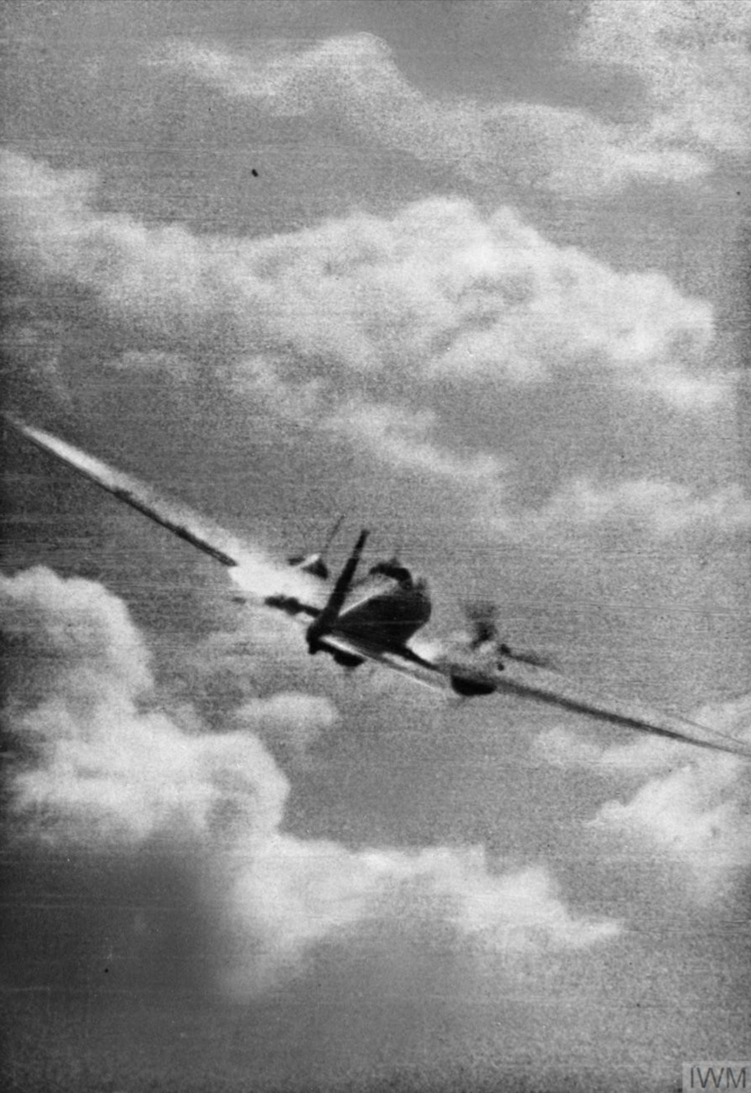 Gun camera footage from RAF 609Sqn PO Miller showing a He 111 being hit 1940 IWM CH1830