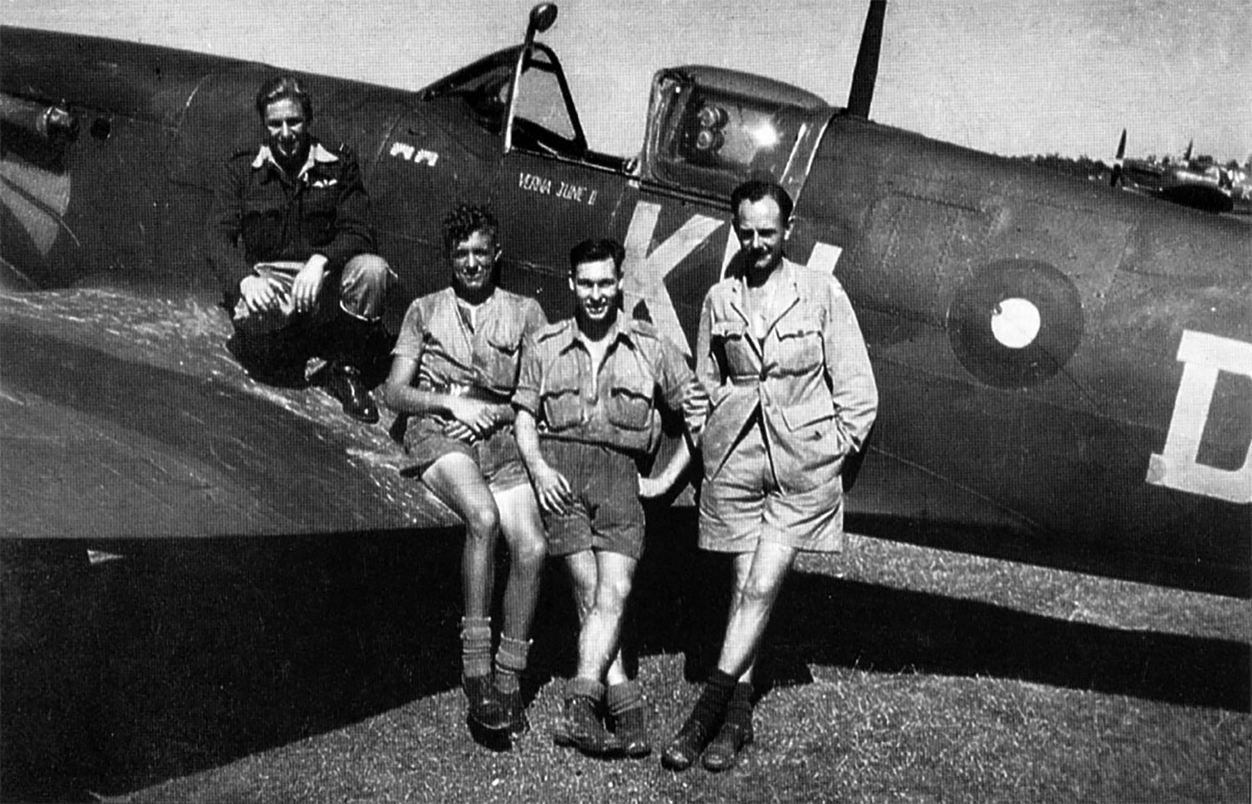 Spitfire MkVcTrop RAF 615Sqn KWD Lawrence Weggery MA292 Bengal India 1943 01