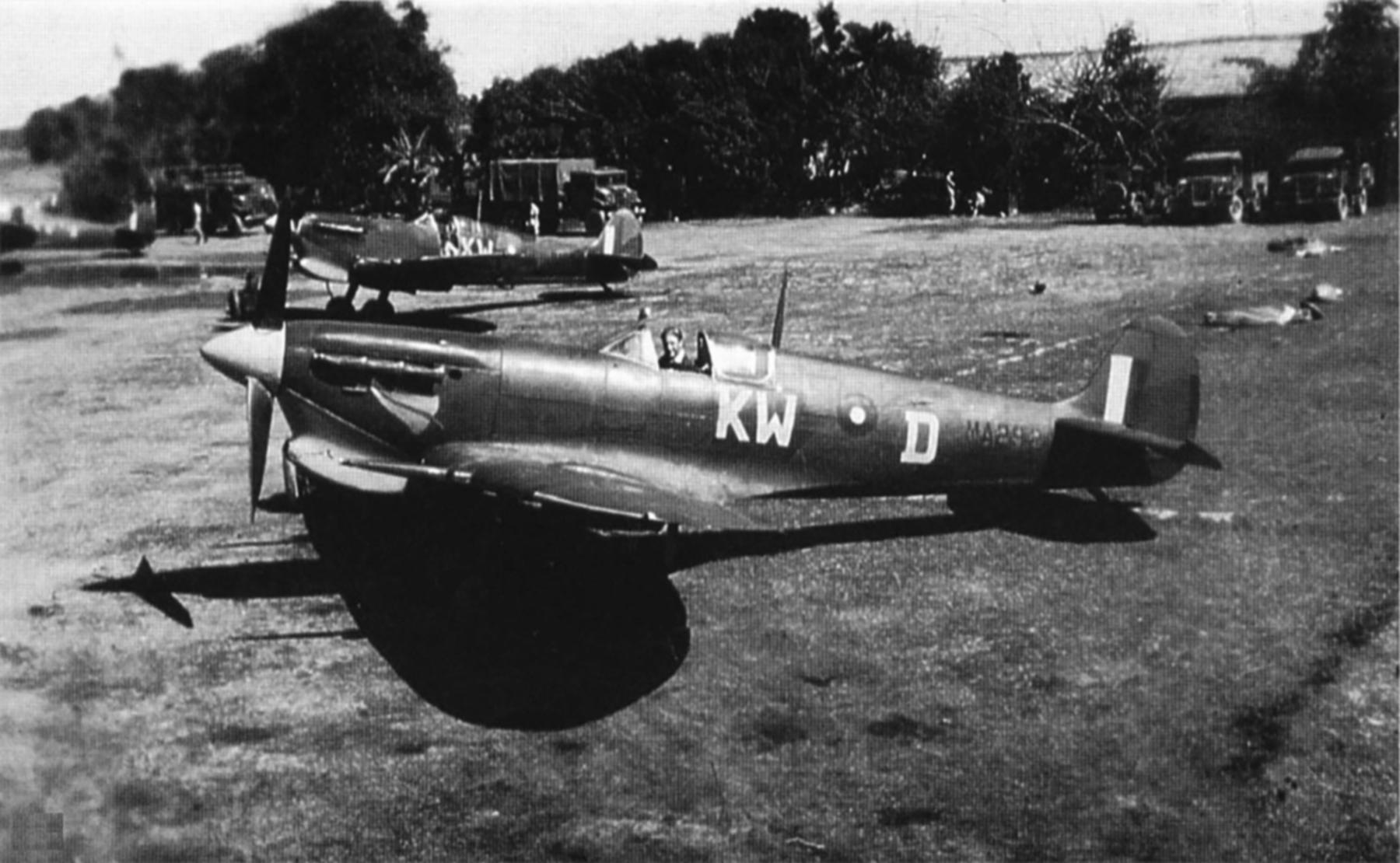 Spitfire MkVcTrop RAF 615Sqn KWD Lawrence Weggery MA292 Bengal India 1943 02