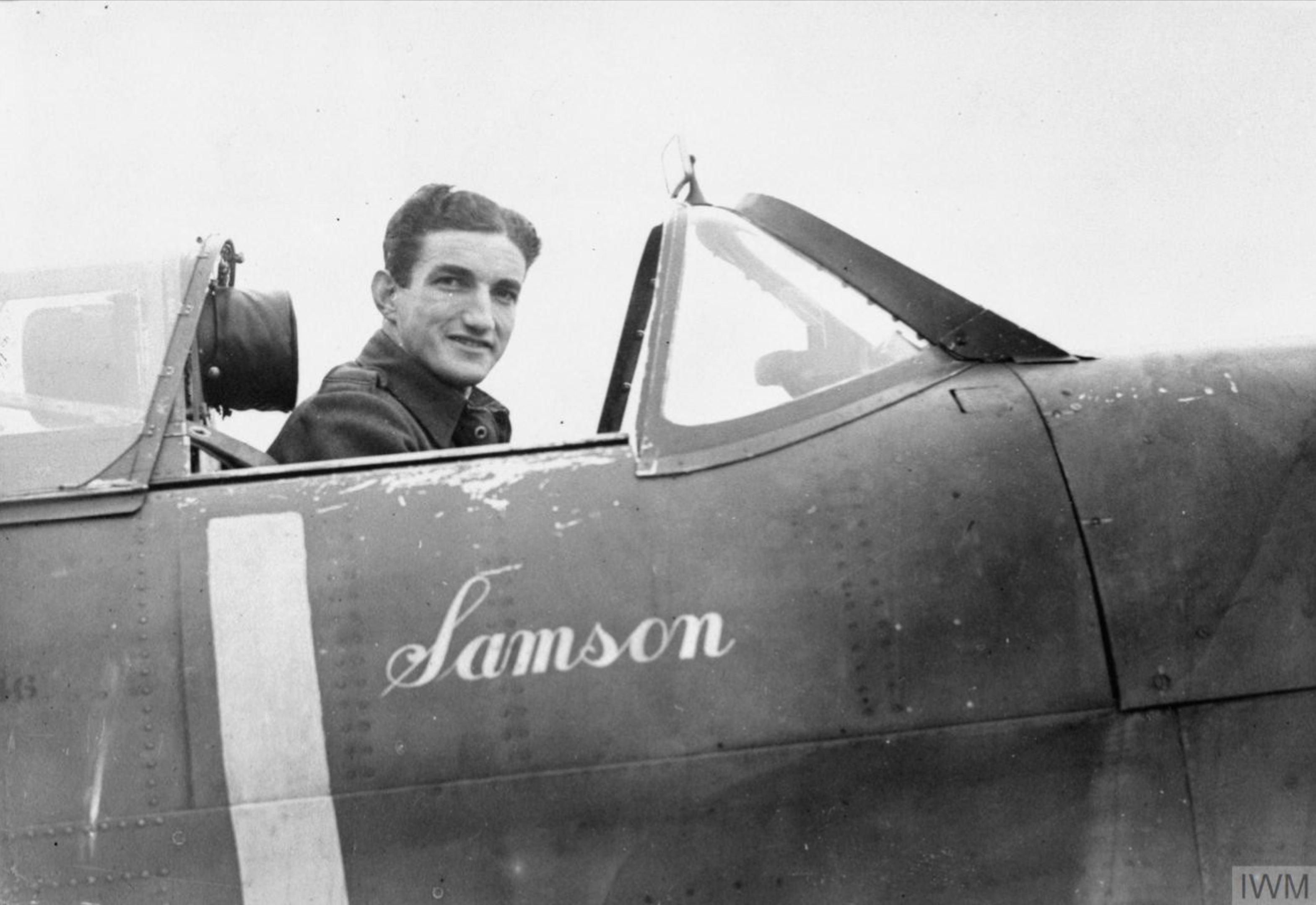 Aircrew RAF 64Sqn RNZAF WV Crawford Compton at Kenley Surrey IWM CH5064