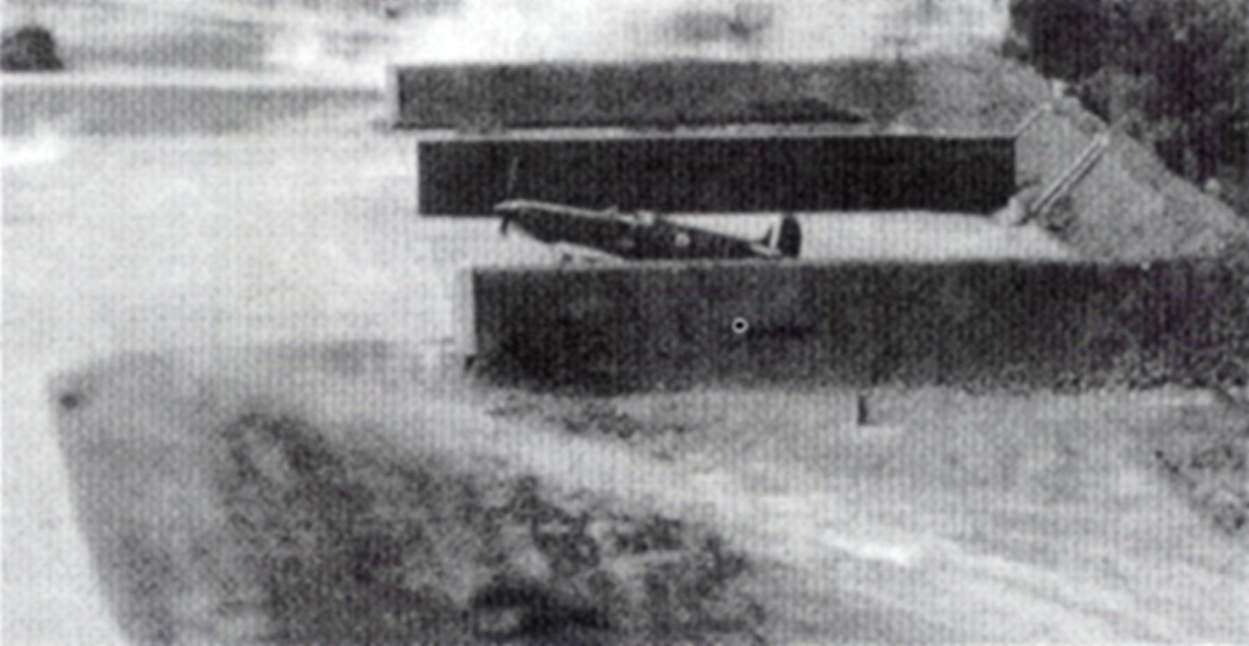 Spitfire MkI RAF 64Sqn at Kenley England 18th Aug 1940 01