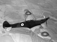 Asisbiz Spitfire MkI factory fresh P9450 Apr 1940 later RAF 64Sqn IWM HU103970