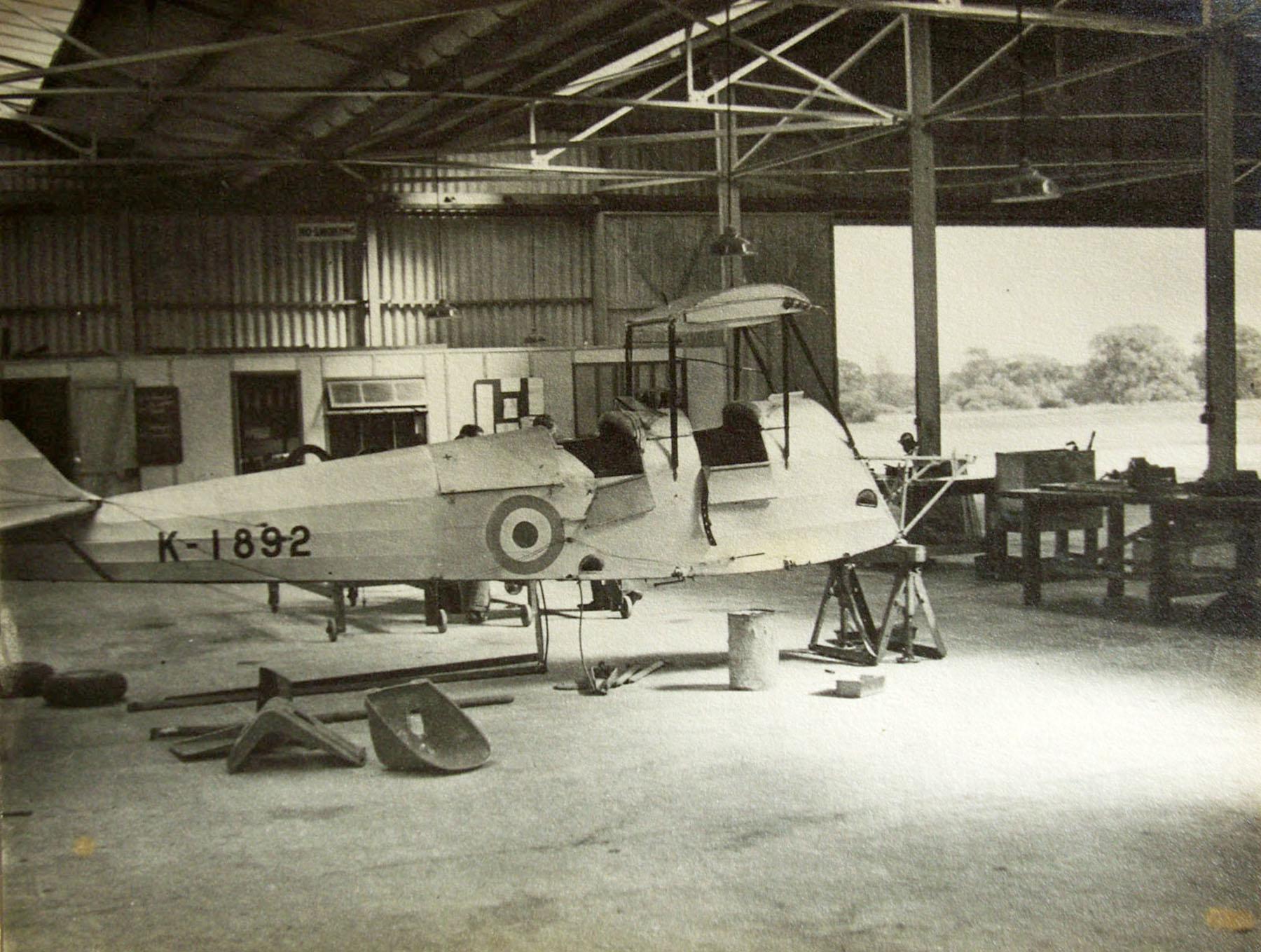 DH60M Gipsy Moth RAF K1892 undergoing maintenance photo taken by Patrick Hayes KIA July 7 1940 01