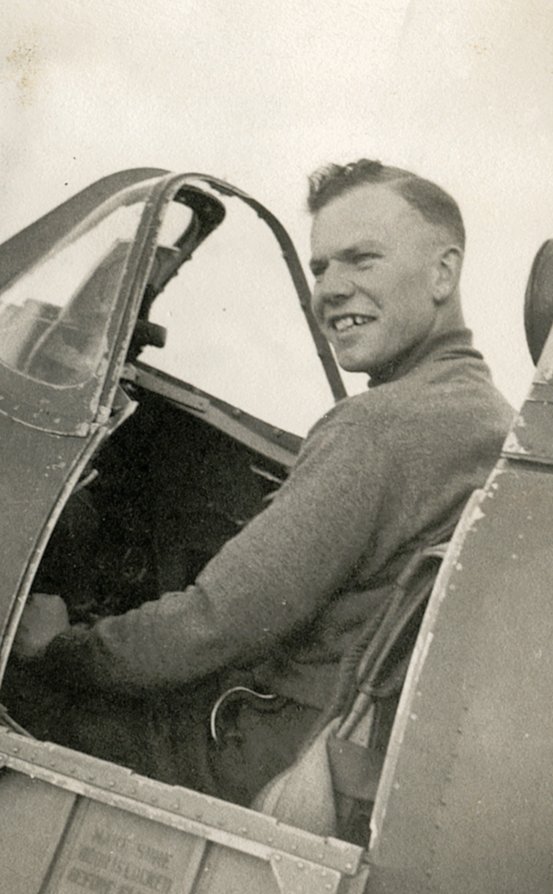 RAF Spitfire MkI and self portrait of Patrick Hayes who was later KIA July 7 1940 01