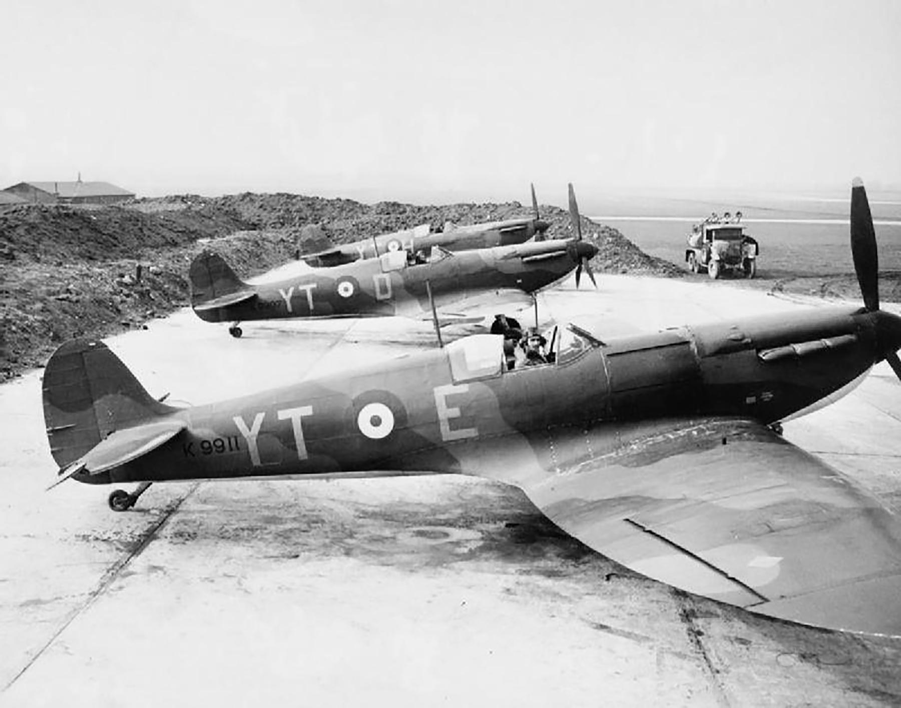 Spitfire MkIa RAF 65Sqn YTE K9911 sd by Bf 109 Dover Sgt Kirton KIA 8th Aug 1939 01