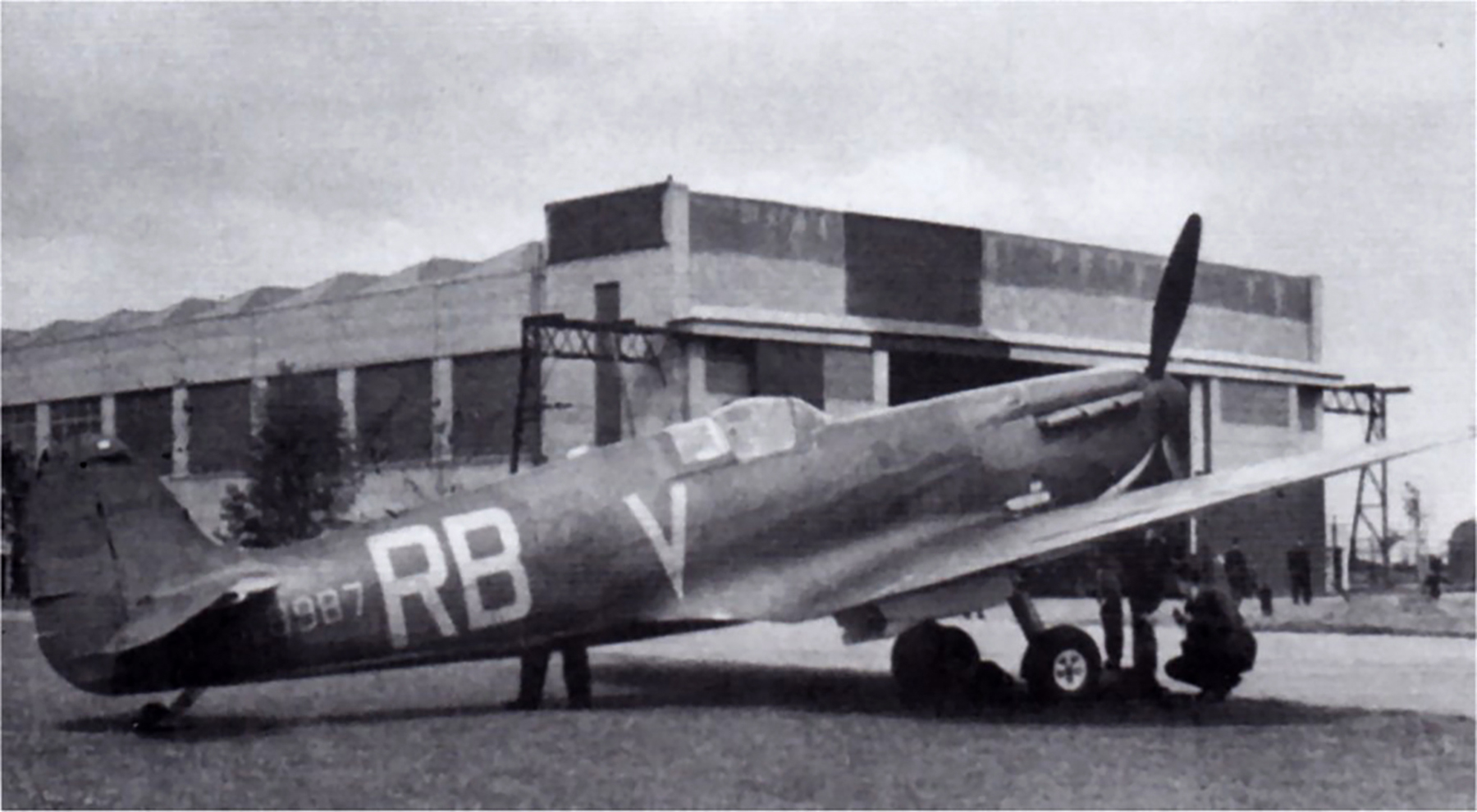 Spitfire MkI RAF 66Sqn RBV K9987 with twin blade propellor England 1940 01