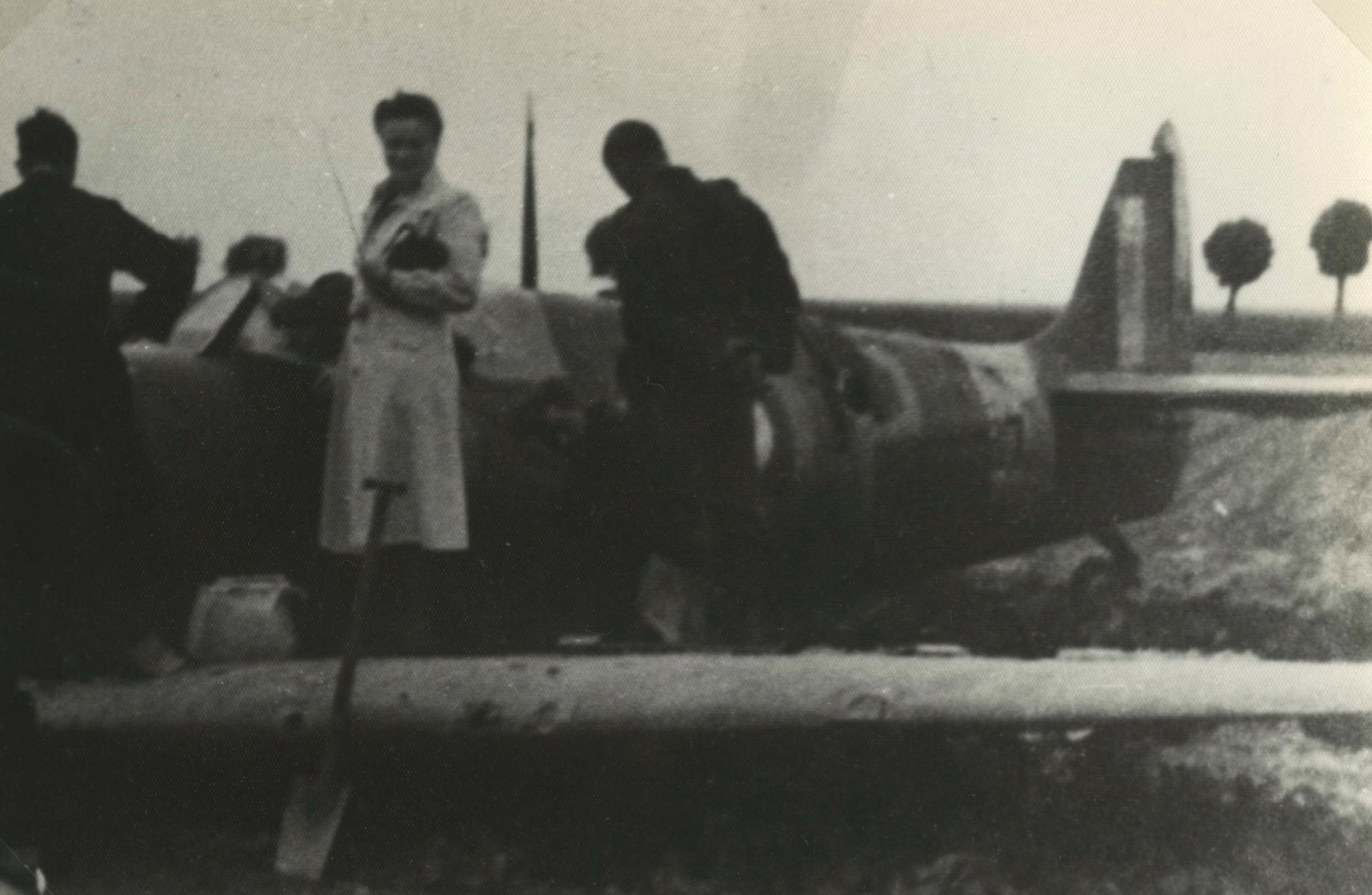 Spitfire RAF 66Sqn LZP Stevens P7787 sd by JG52 nr Groede 1POW 12th Aug 1941 NIOD2
