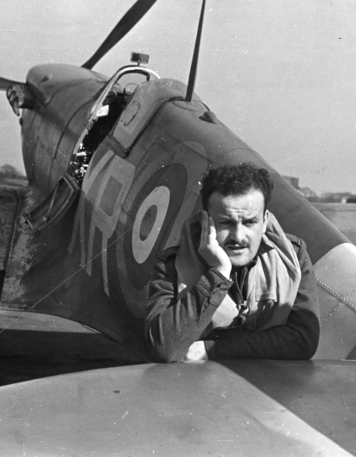 Spitfire MkVb RAF 71Sqn XRQ Frank Zavakos AD196 North Weald 1941 01