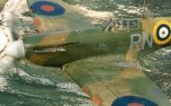 Asisbiz Spitfire MkIIa RAF 72Sqn RNN P7895 April 1941 02