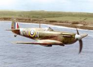 Asisbiz Spitfire MkIIa RAF 72Sqn RNN P7895 April 1941 04