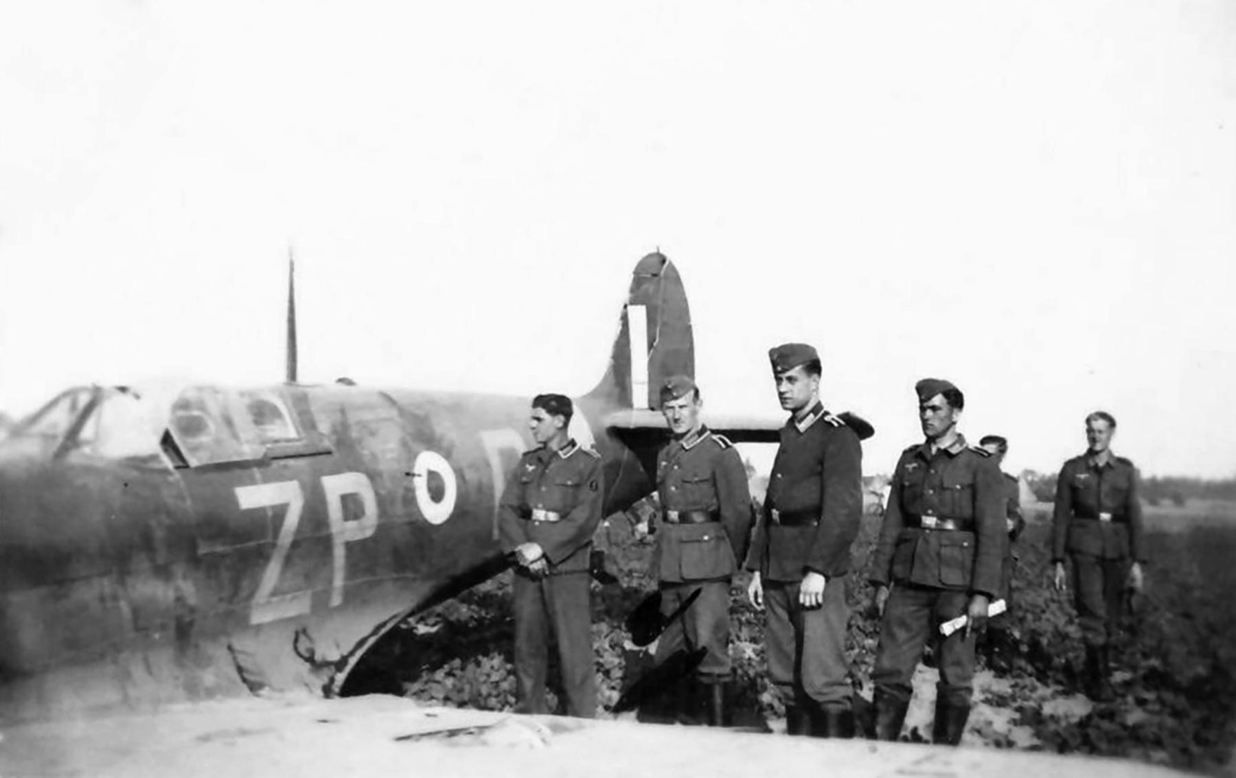 Spitfire MkVb RAF 74Sqn ZPD belly landed Dunkirk France 1941 ebay 02