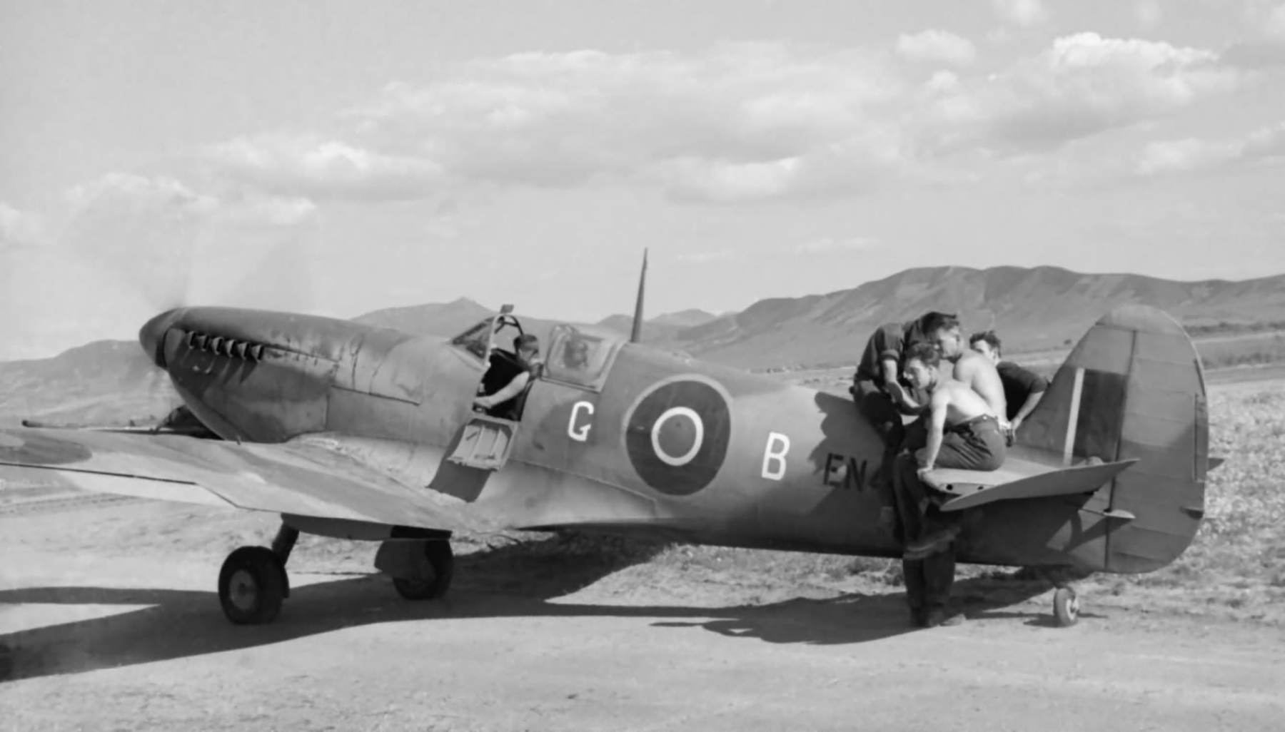 Spitfire MkIX RAF 81Sqn EN445 with Sqn Ldr CF Gray at Souk el Khemis Tunisia web 01