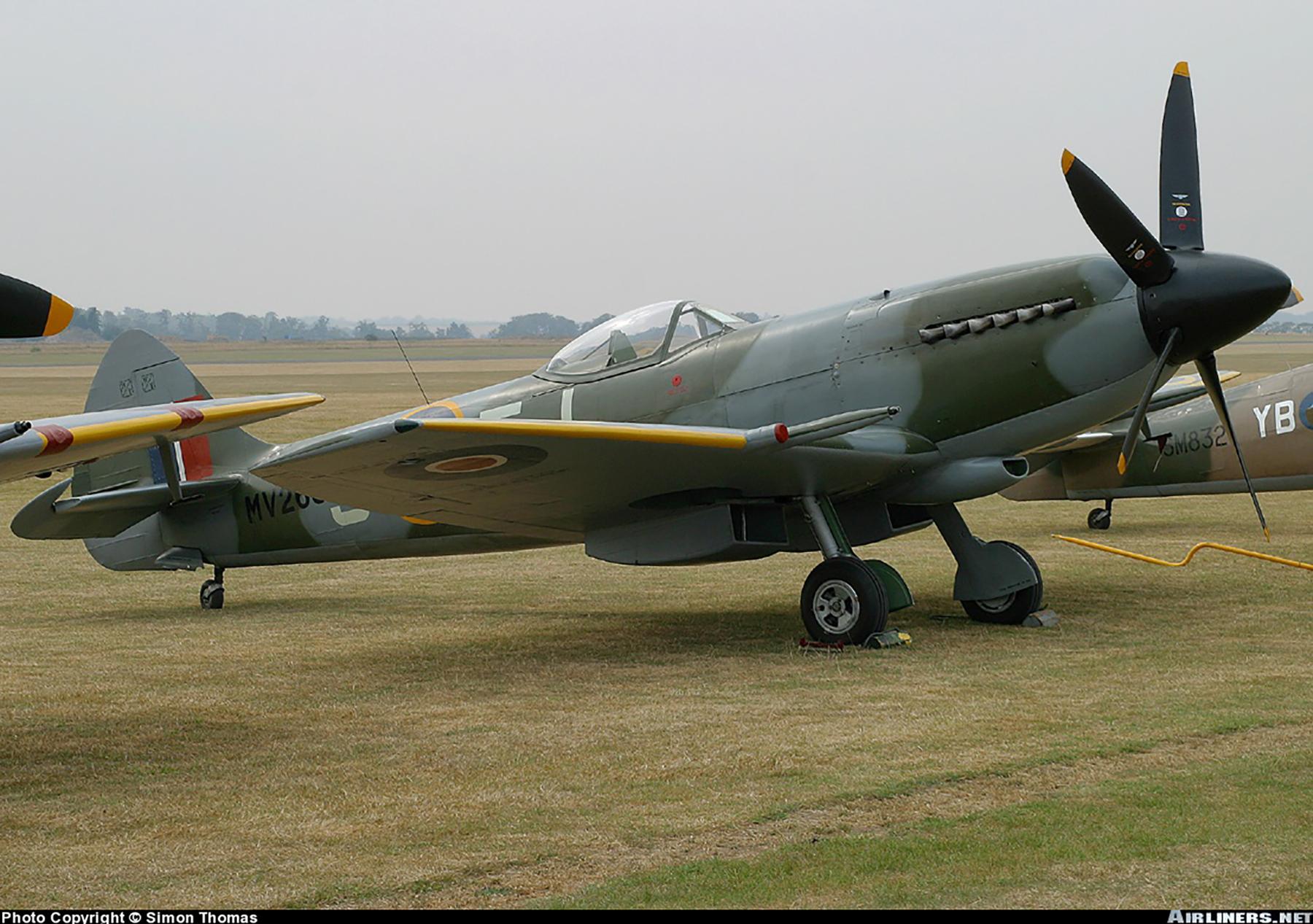 Airworthy Spitfire warbird RAF 91Sqn JEJ MV268 03