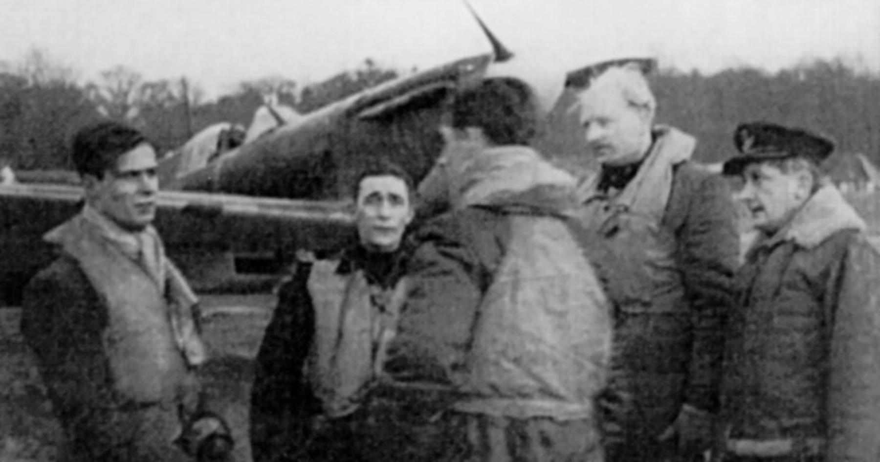 Aircrew RAF 92Sqn Geoffrey Wellum 1940s 03