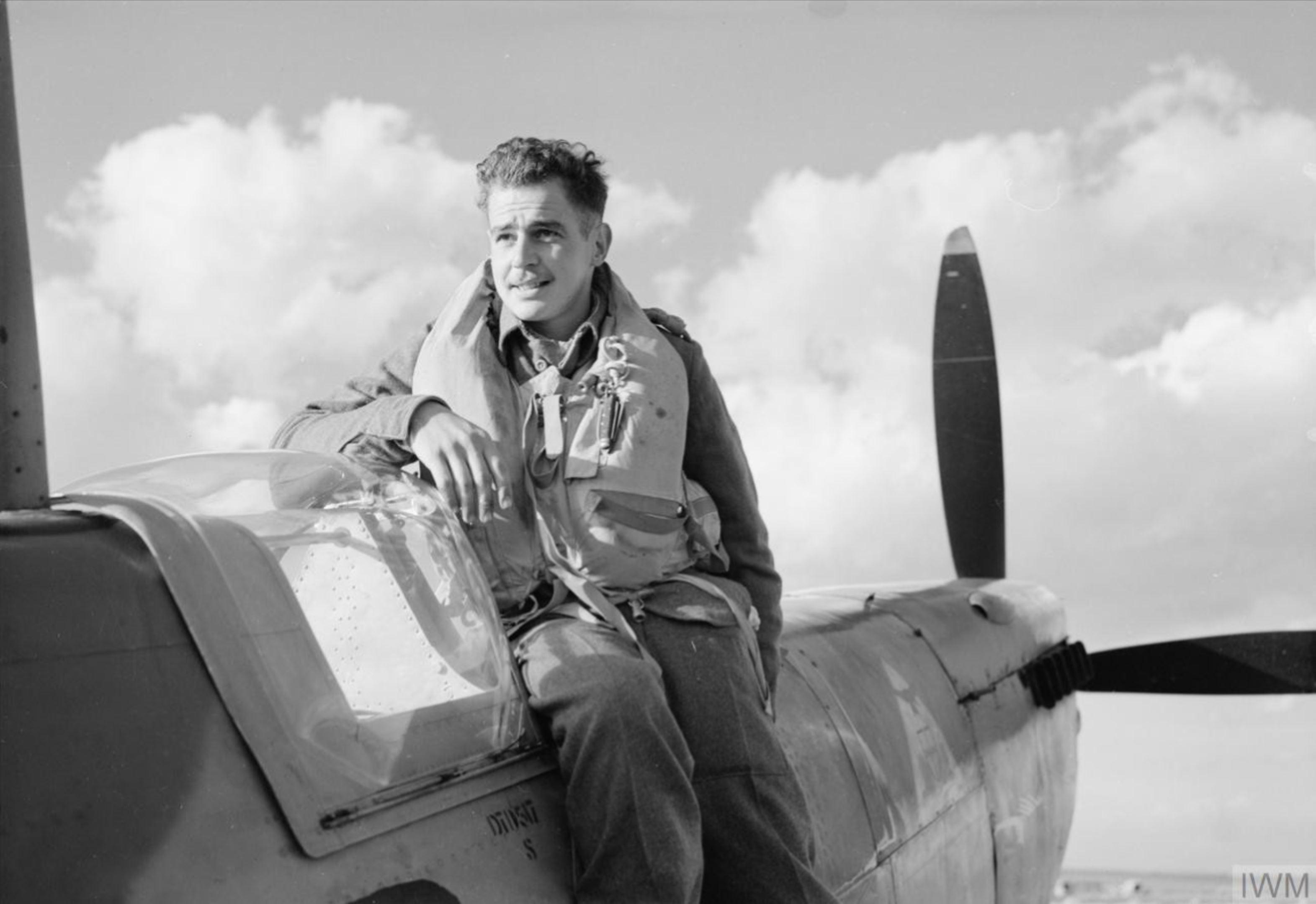 Aircrew RAF 92Sqn SAAF Lt A Sachs at Canne Italy Dec 1943 IWM CNA2315