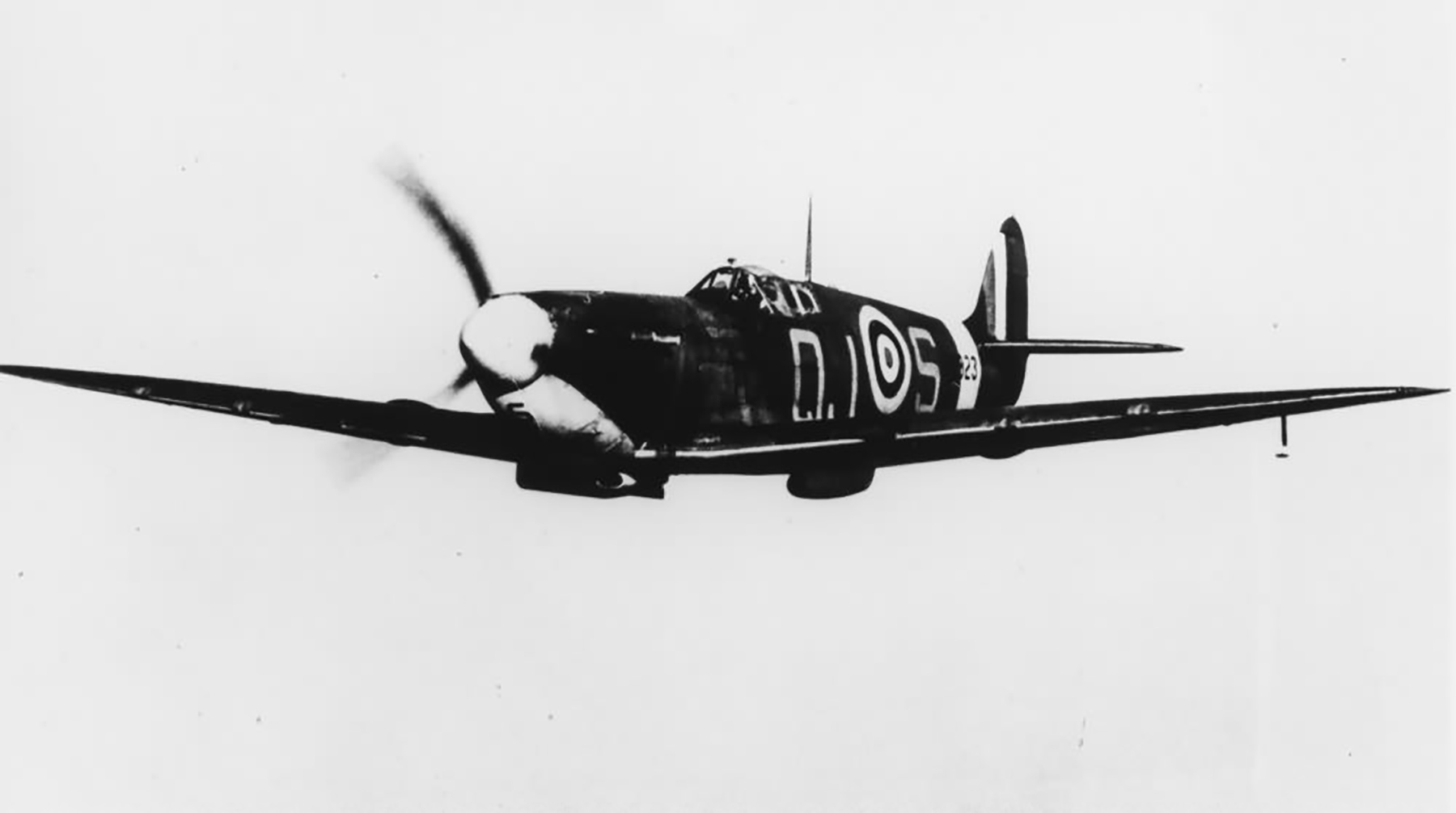 Spitfire MkVb RAF 92Sqn QJS Alan Wright R6923 Biggin Hill May 1941 04