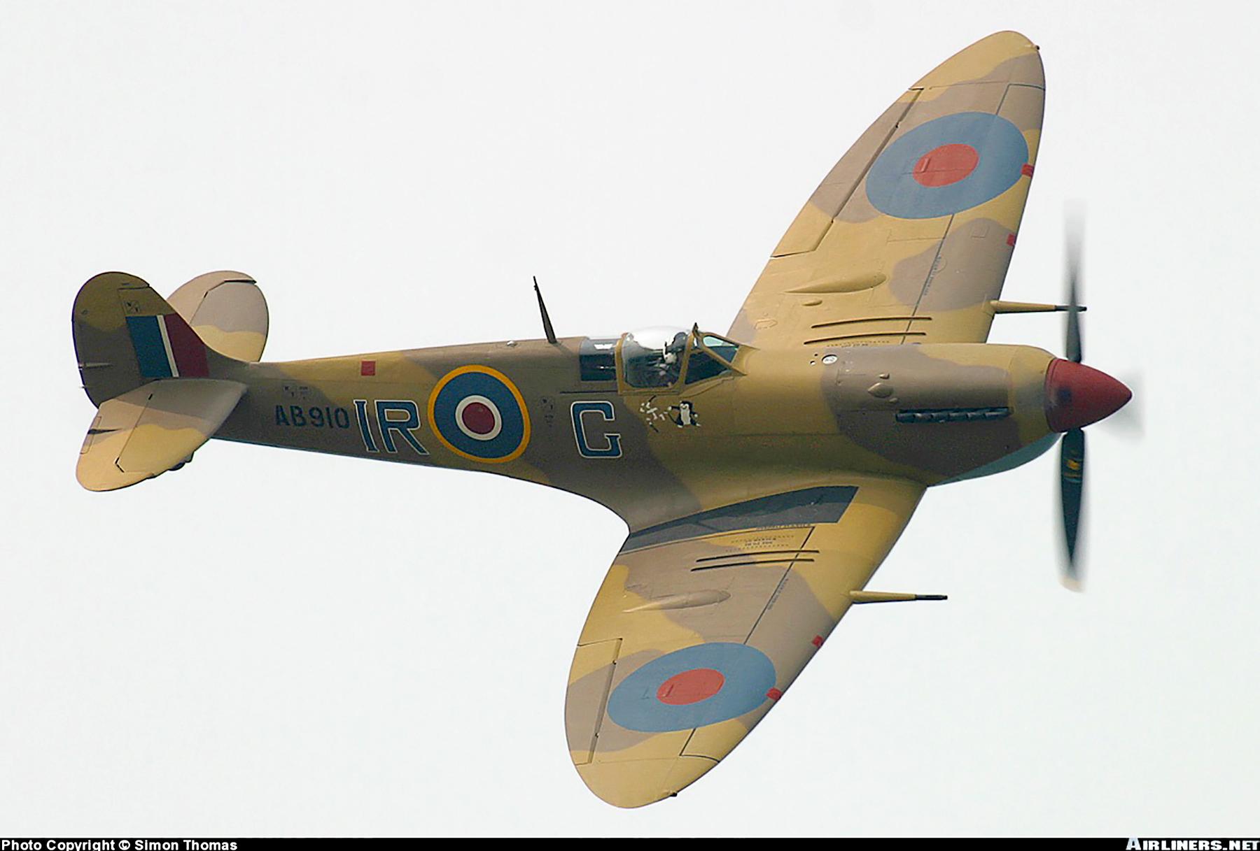 Airworthy Spitfire warbird RCAF 416Sqn IRG AB910 02