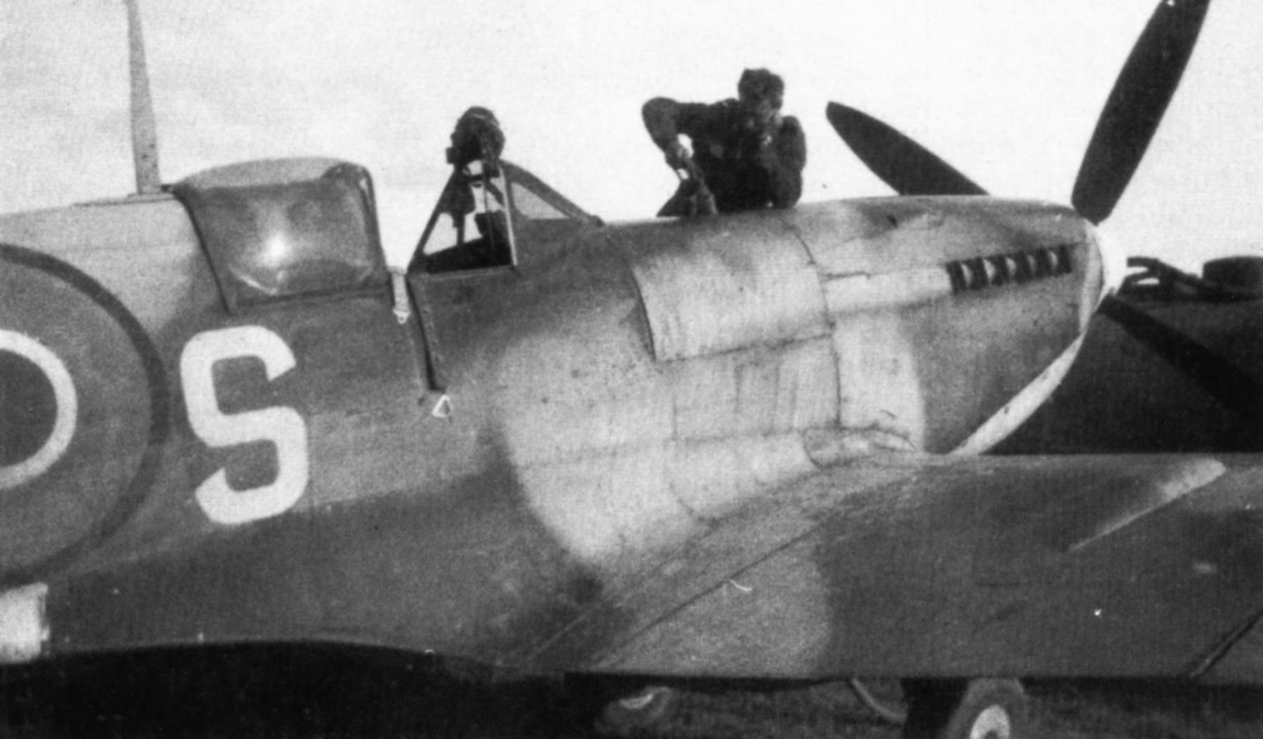 Spitfire LFIX RCAF 401Sqn YOS MJ565 Aug 1944 01