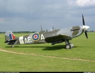 Asisbiz Airworthy Spitfire warbird LFVb RCAF 402Sqn AEA EP120 01